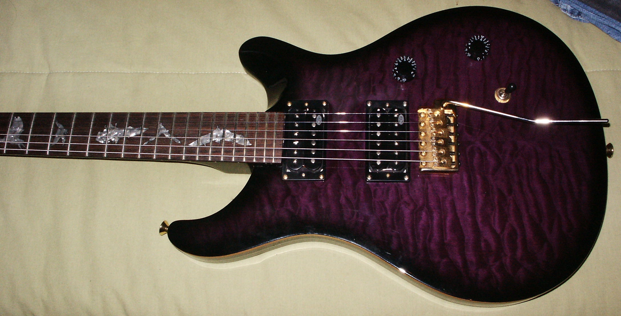 PRS SE Paul Allender Purple image 391266 Audiofanzine