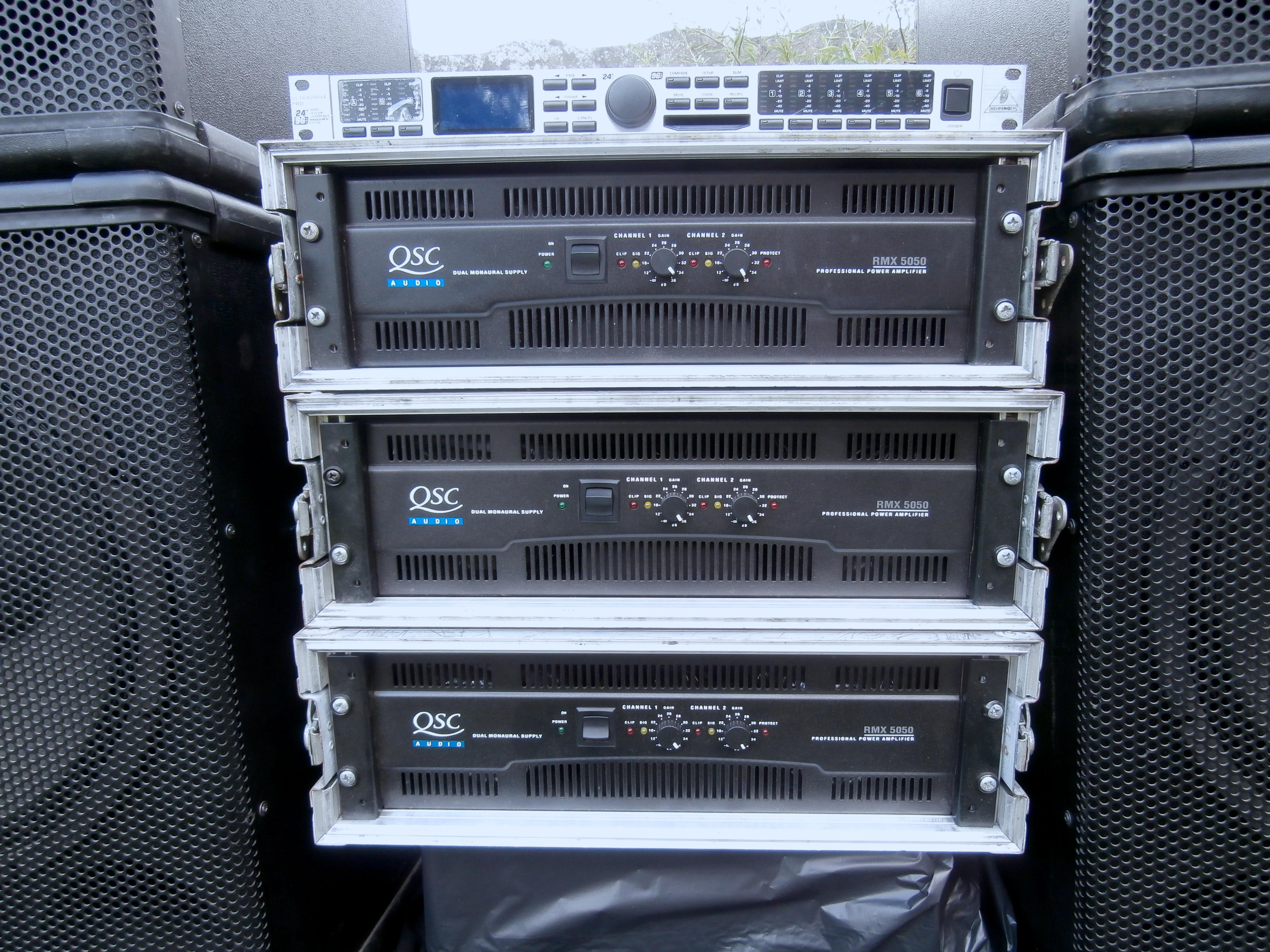 Power Amplifier Qsc 5050 : qsc rmx 5050 image 889299 audiofanzine ~ Vivirlamusica.com Haus und Dekorationen