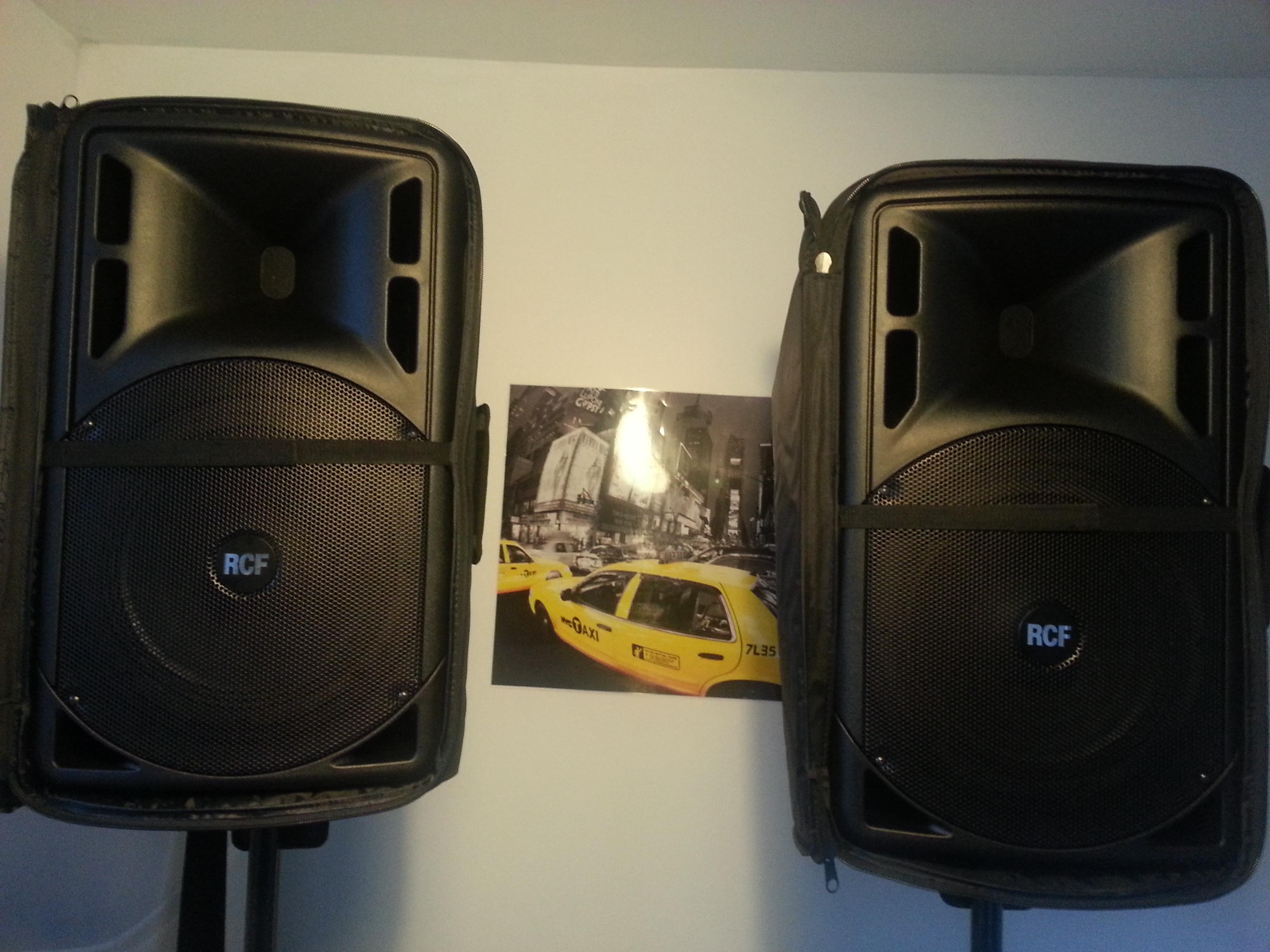 Mercatino. usati - nuovi CASSE su e Strumenti RCF Musicali