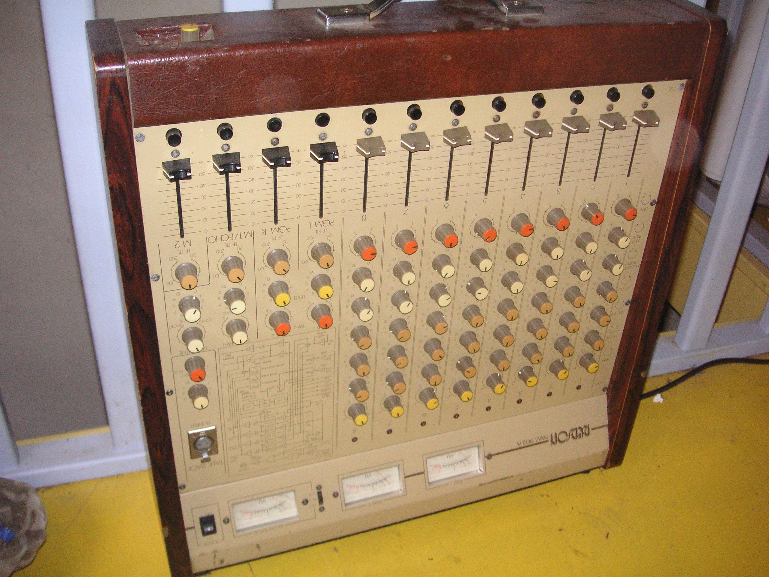 Photo redson table de mixage vintage redson pam 802 a 8 pistes redson table de mixage - Console analogique occasion ...