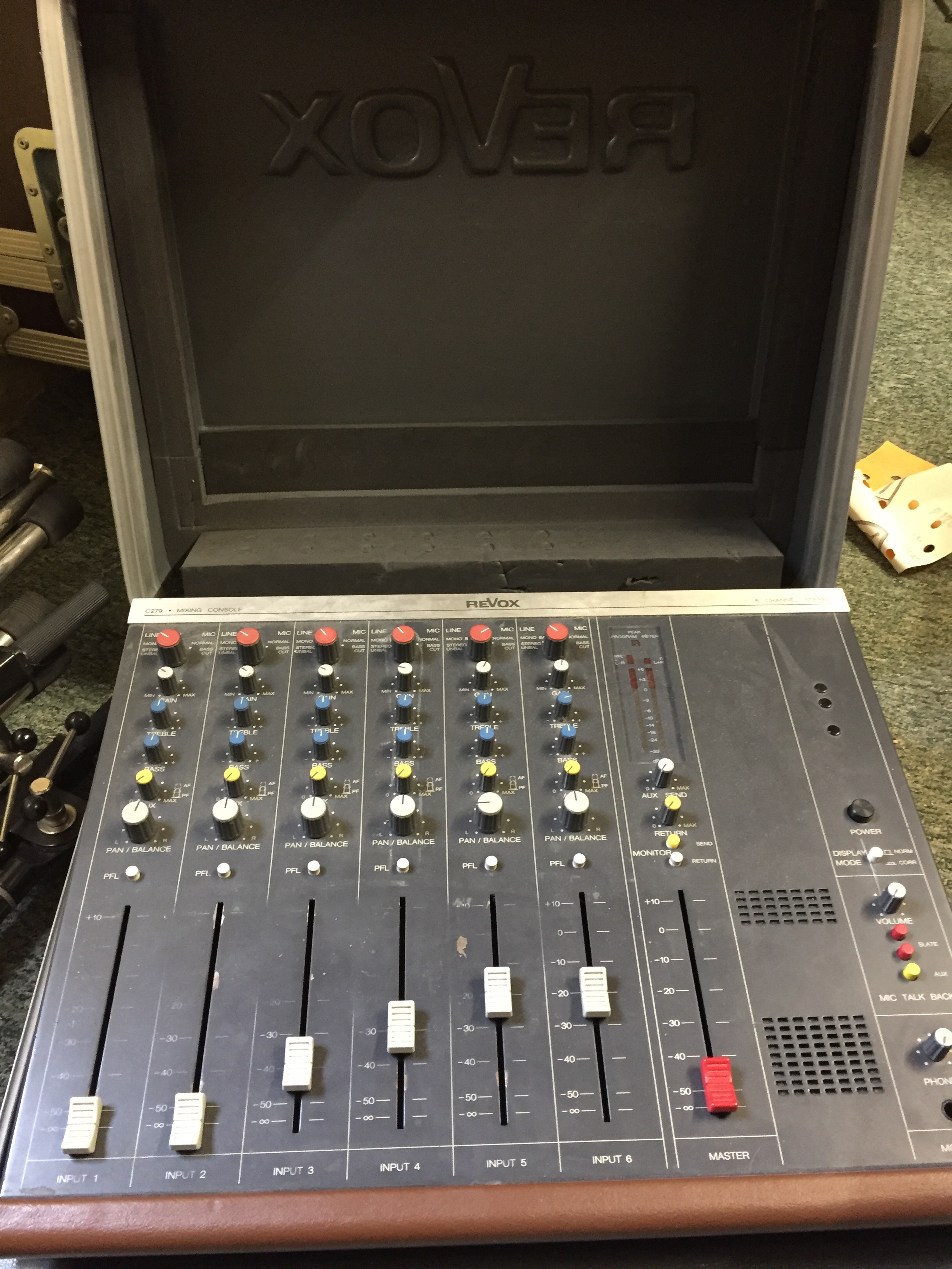 Petite console analogique - Console analogique occasion ...