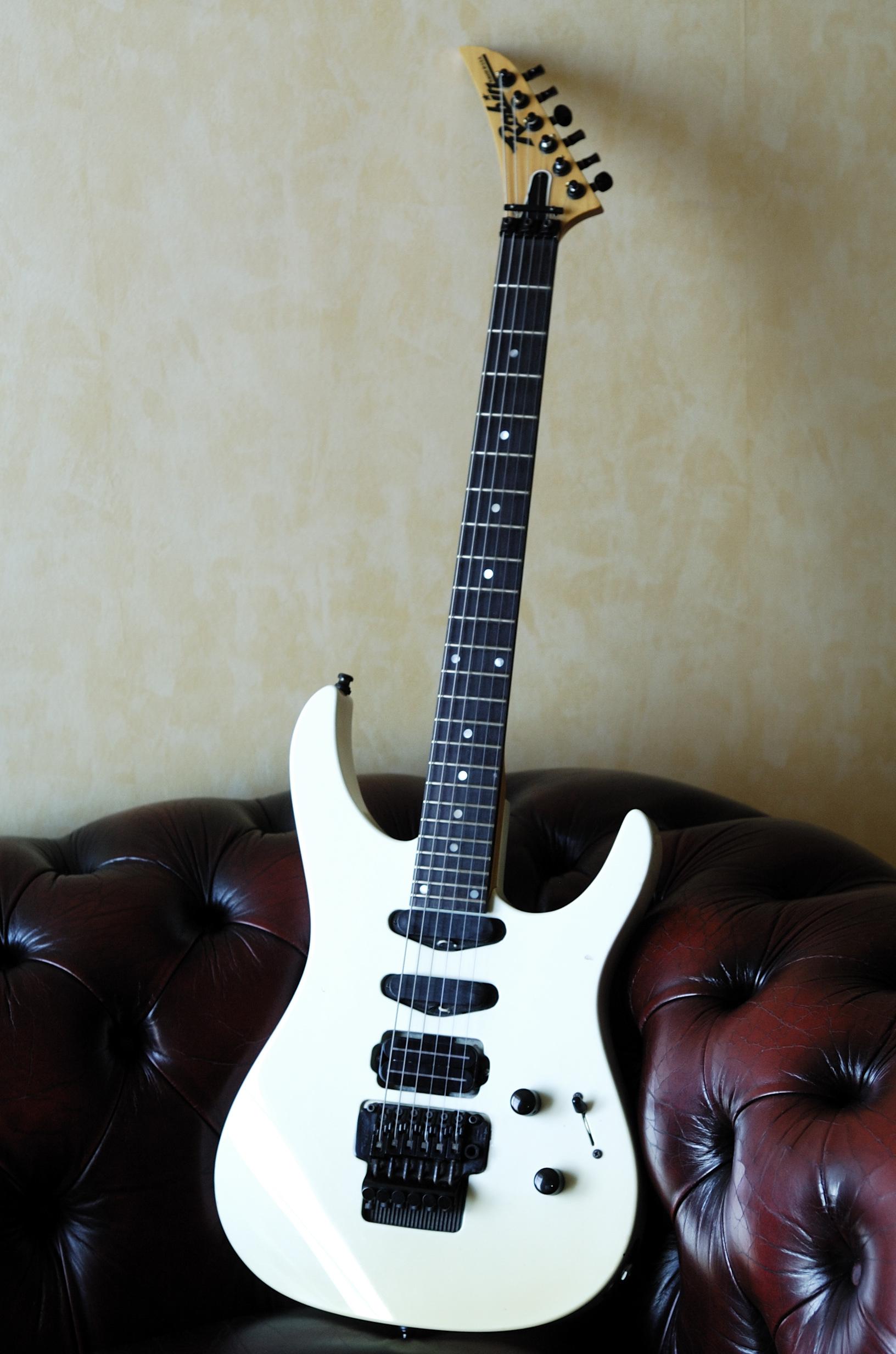 robin guitars medley image 579994 audiofanzine. Black Bedroom Furniture Sets. Home Design Ideas