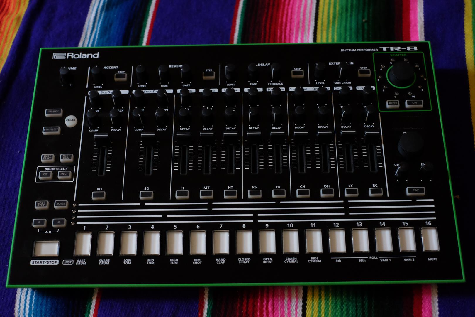 7x7 tr8 drum machine expansion for tr 8 roland audiofanzine. Black Bedroom Furniture Sets. Home Design Ideas