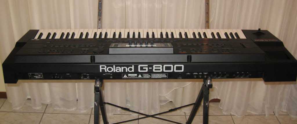 Roland F-140R review: An Elegant Piano With a Surprise ...
