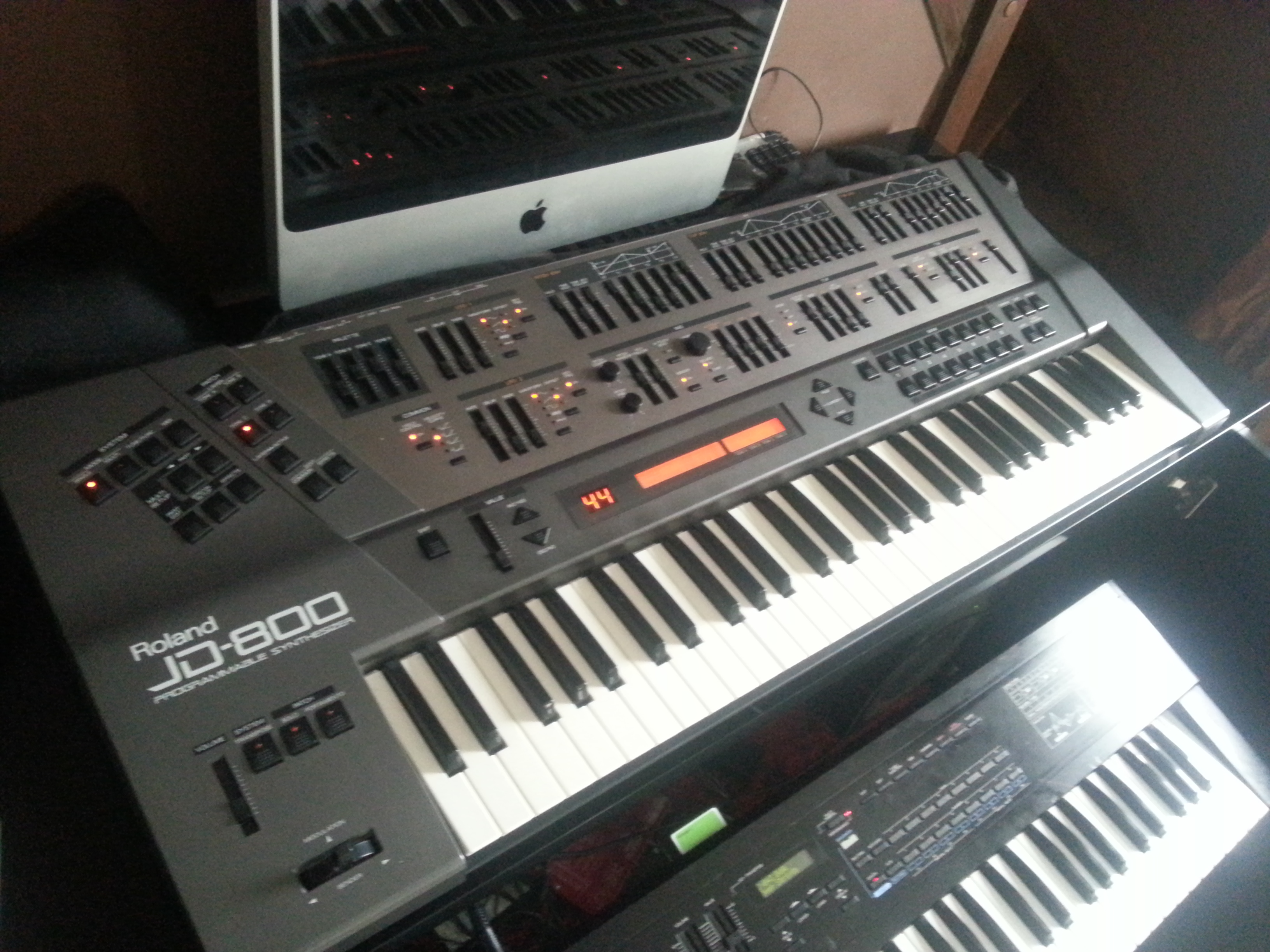 Roland JD-800 image (#1615777) - Audiofanzine