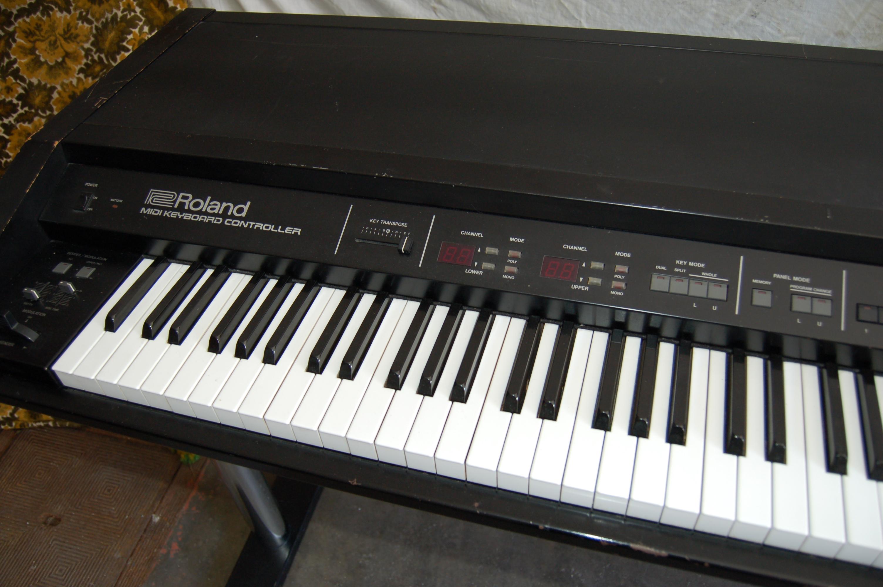 roland mkb 1000 1984