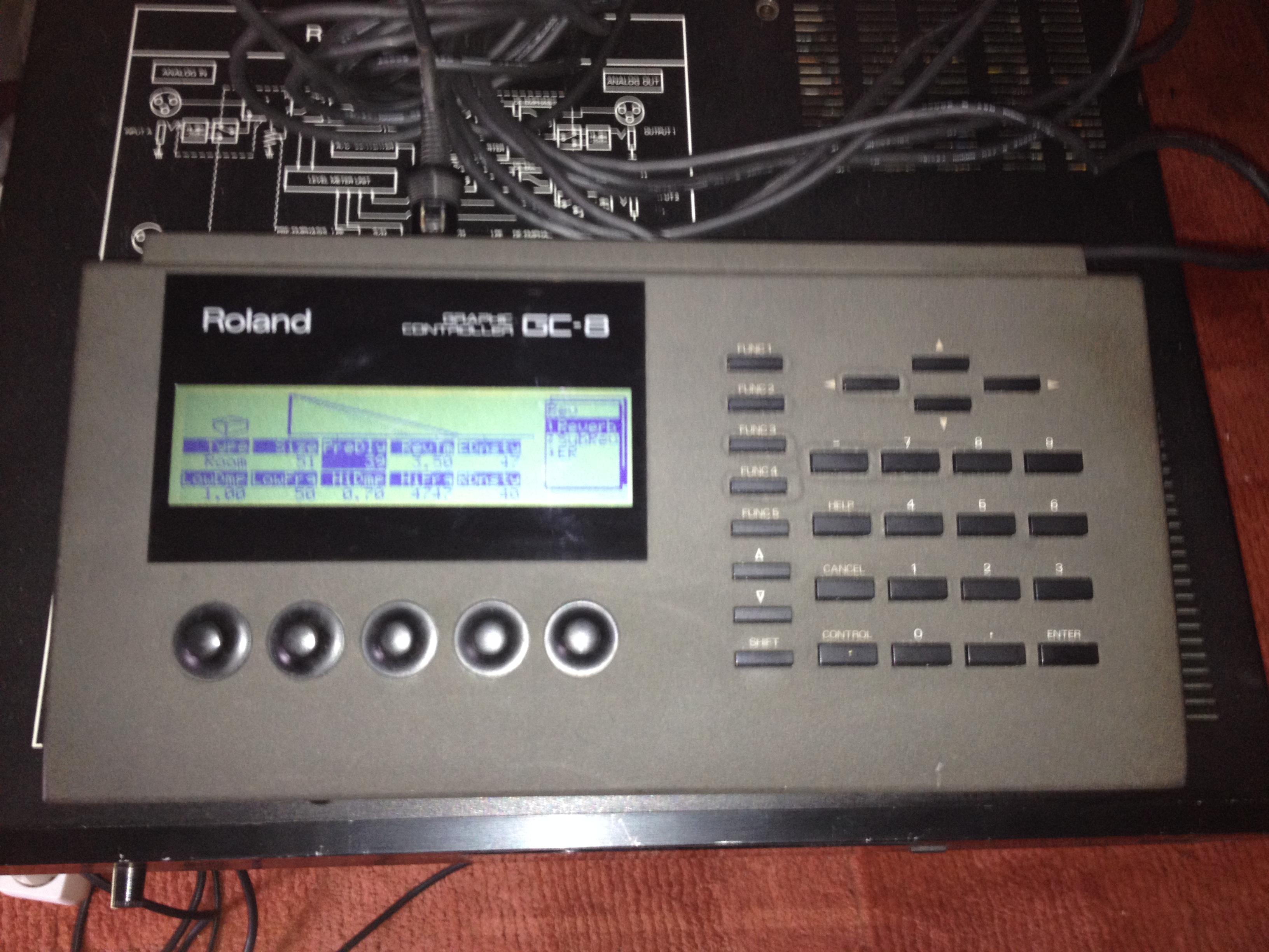 roland r 880 image 1122260 audiofanzine rh en audiofanzine com Piano Roland 880 Roland vs 880 Ex
