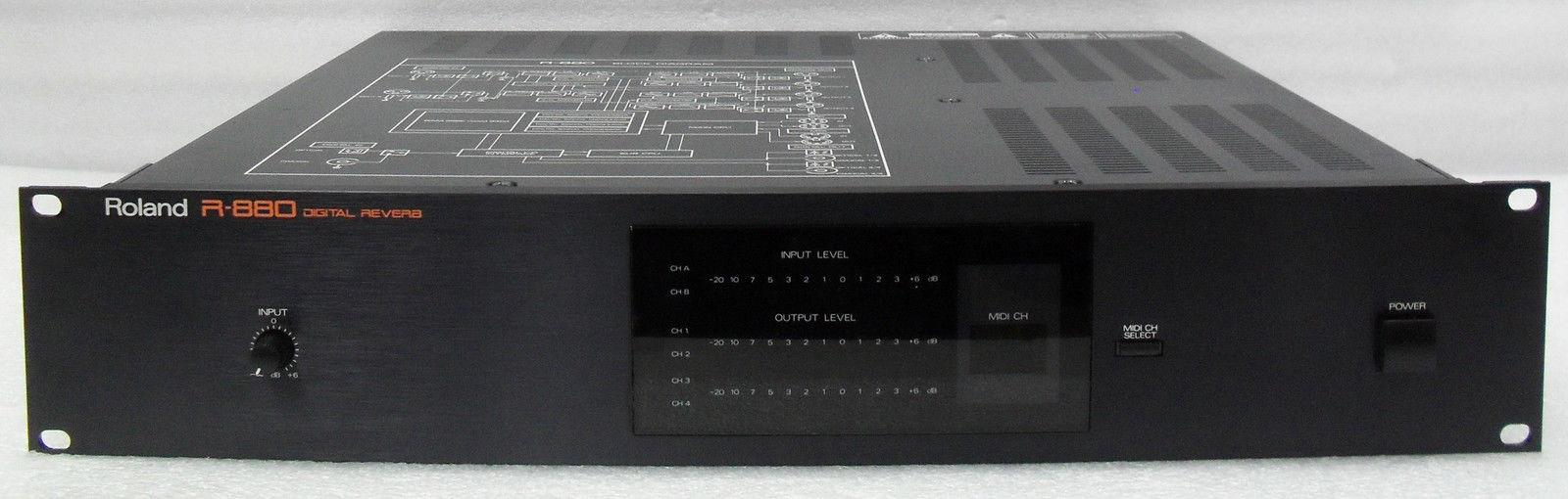 roland r 880 image 823131 audiofanzine rh en audiofanzine com Roland MC-808 Piano Roland 880