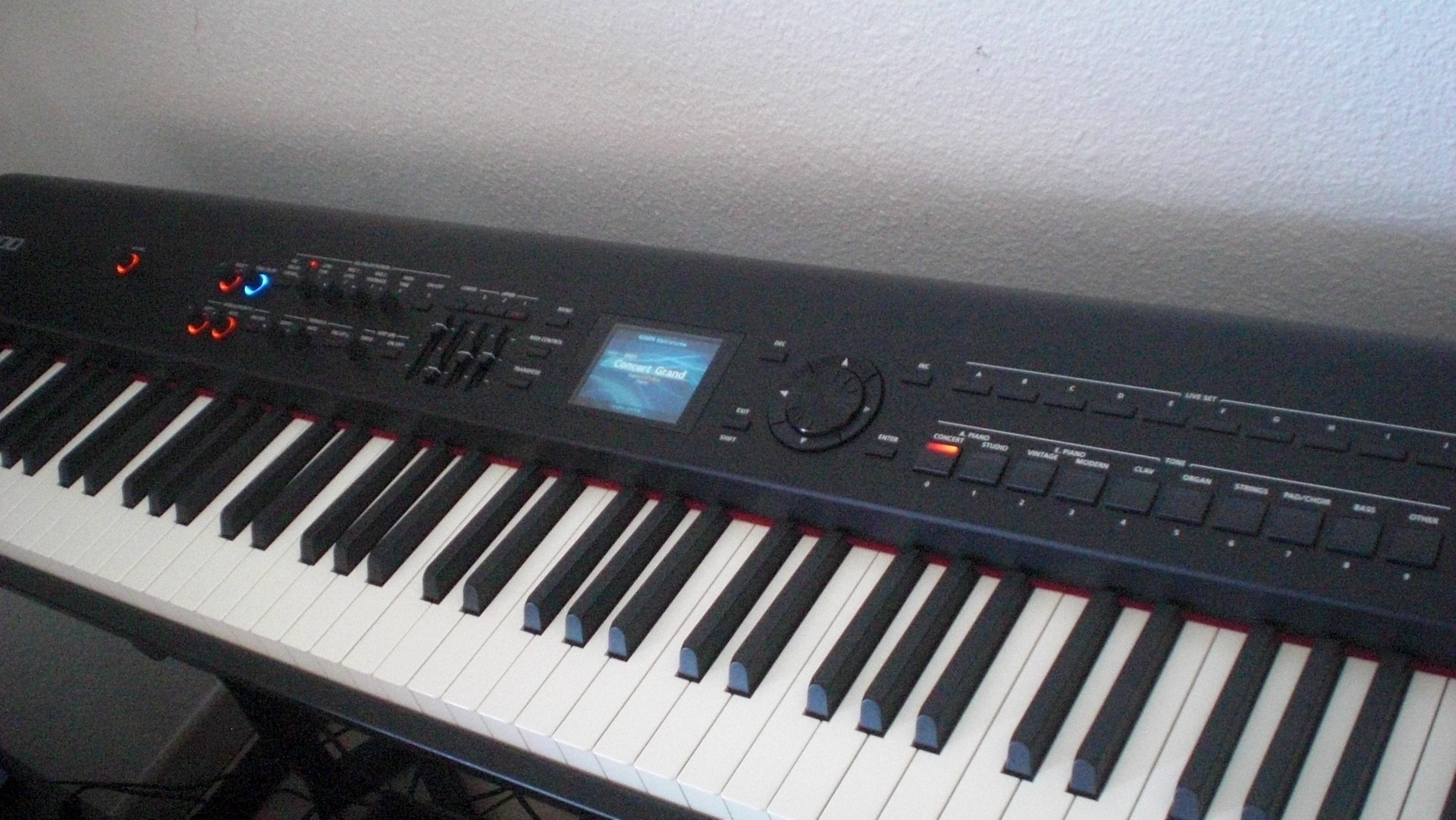 Roland RD 2000 vs RD 800 | Digital Piano Best Review