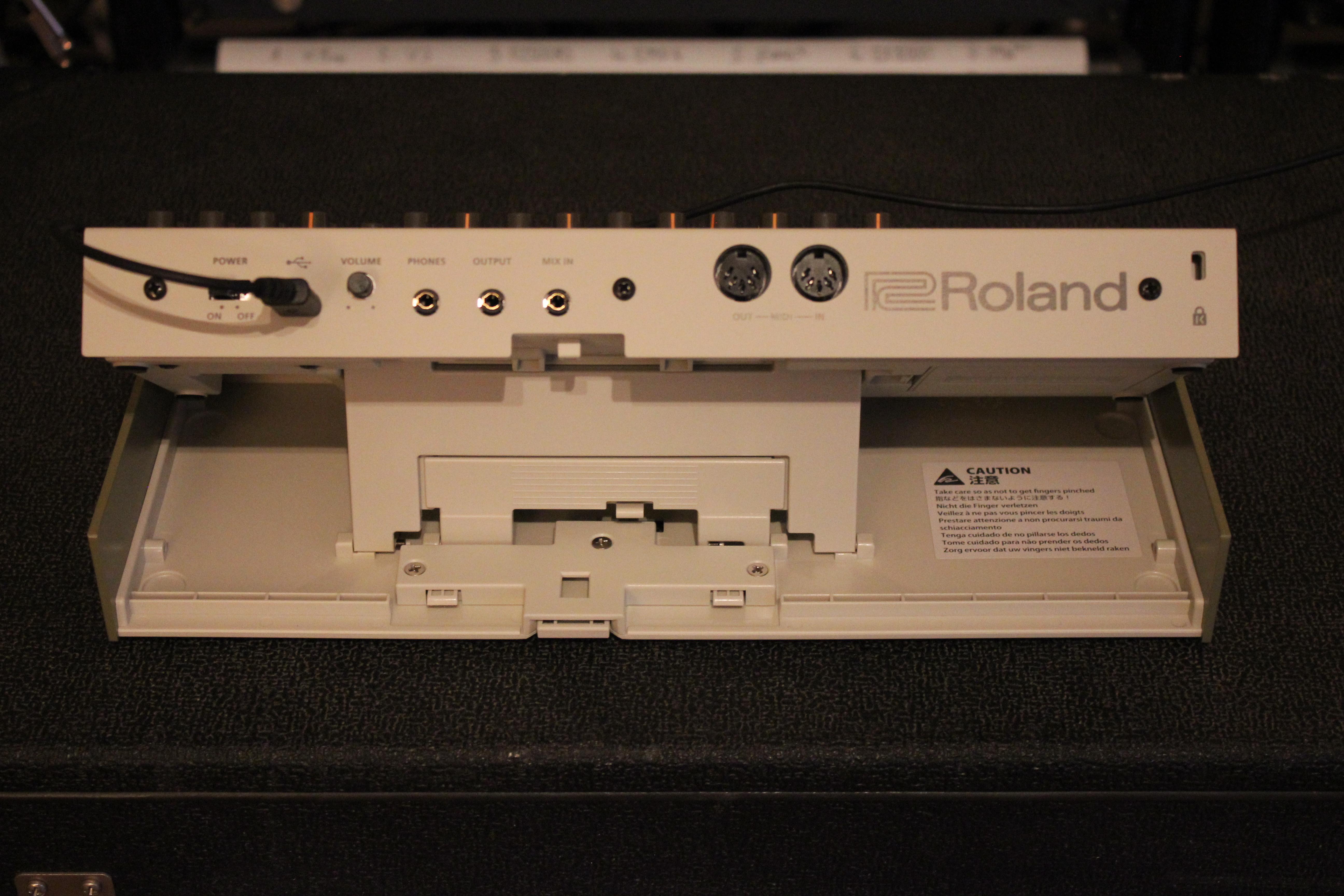 roland tr 09 image 1636653 audiofanzine. Black Bedroom Furniture Sets. Home Design Ideas