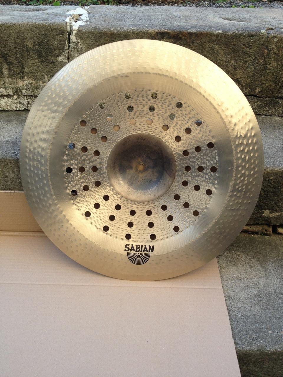 sabian vault holy china 19 image 929325 audiofanzine. Black Bedroom Furniture Sets. Home Design Ideas
