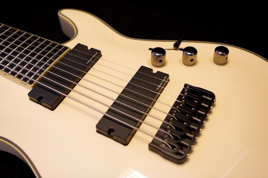 schecter black jack atx c-8 guitare electrique