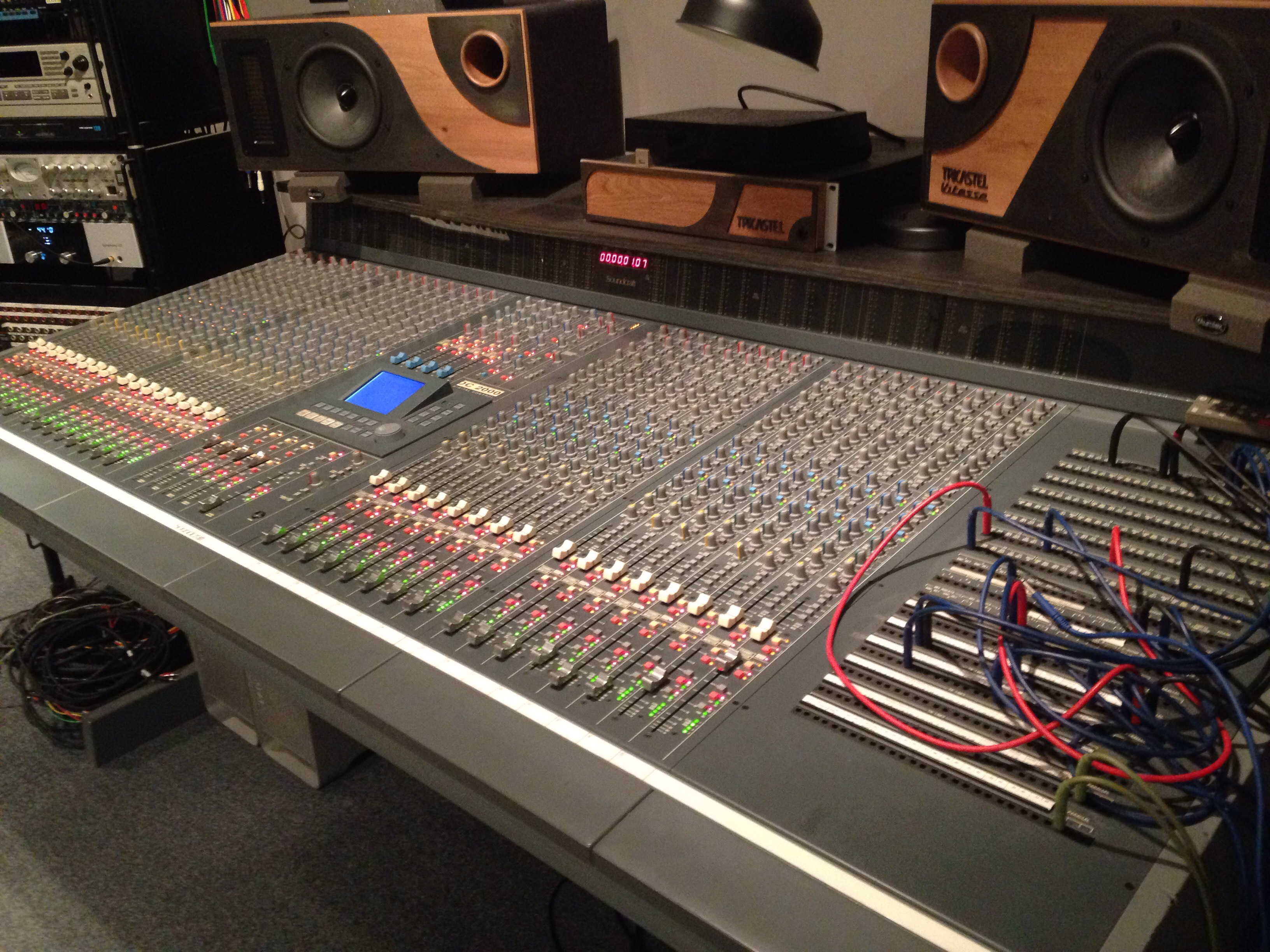 Soundcraft dc2000