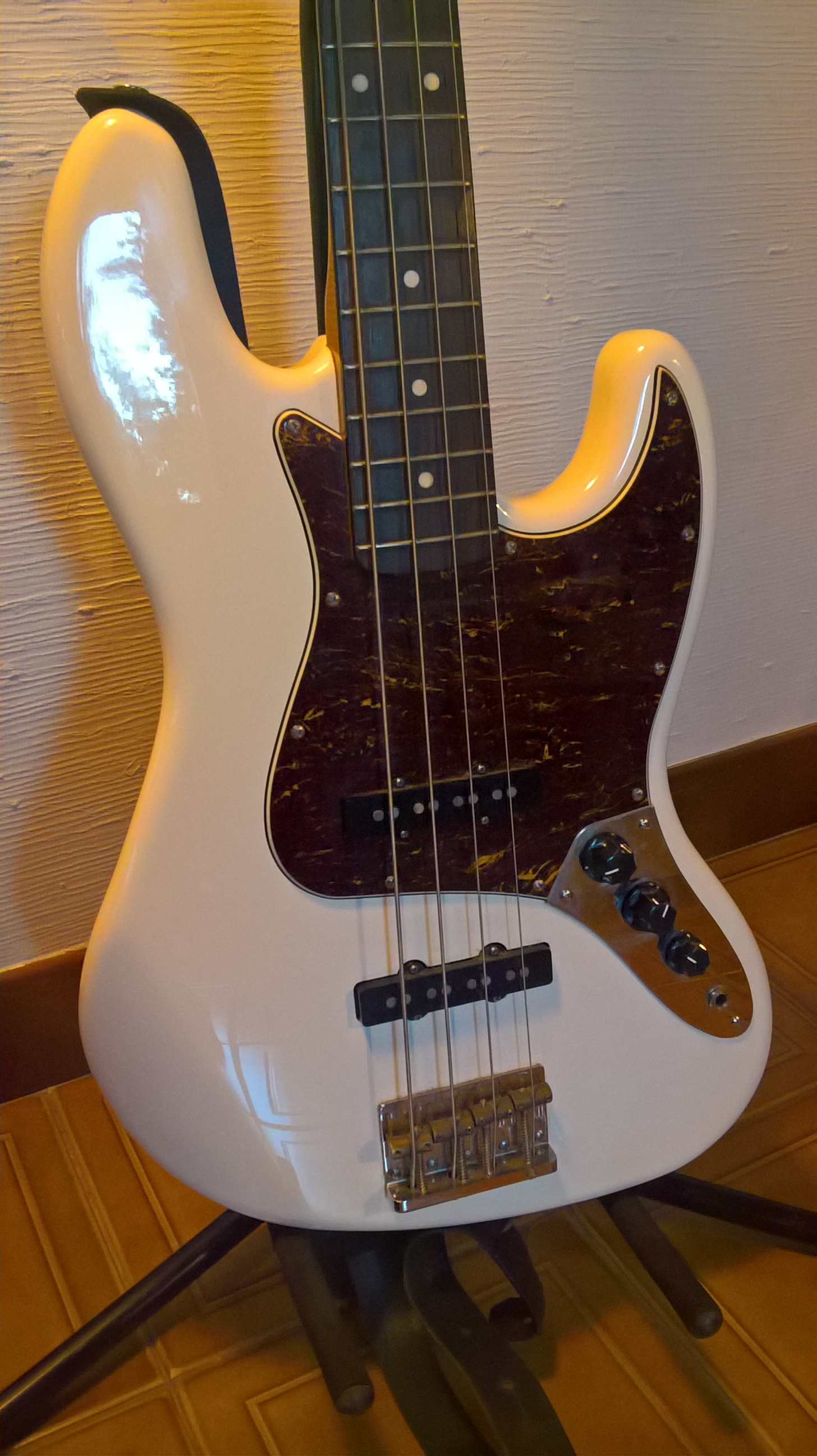 squier classic vibe jazz bass  u0026 39 60s image   1545131