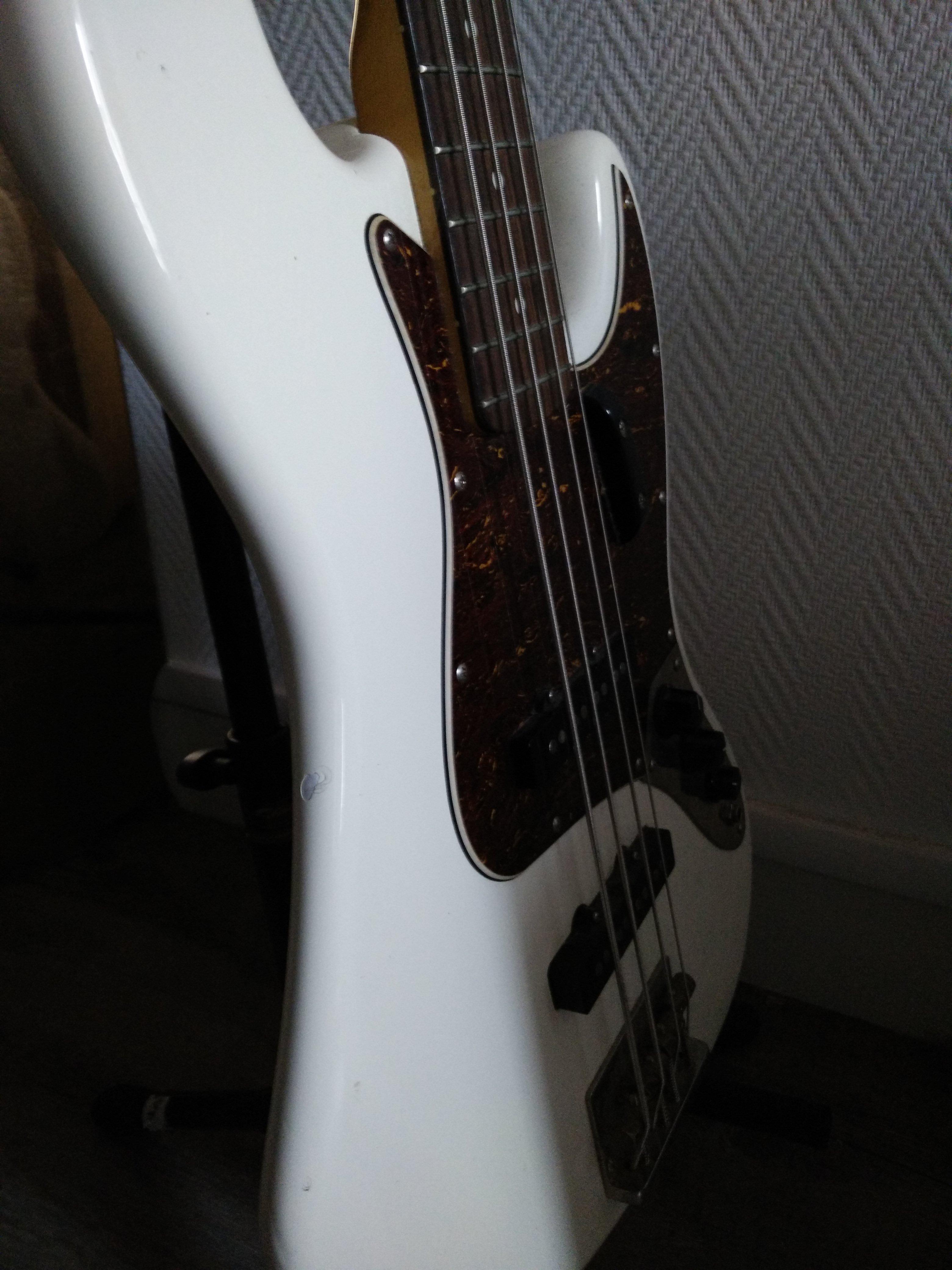 squier classic vibe jazz bass  u0026 39 60s image   1596796