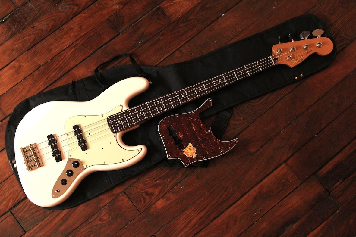 squier classic vibe jazz bass  u0026 39 60s image   514704
