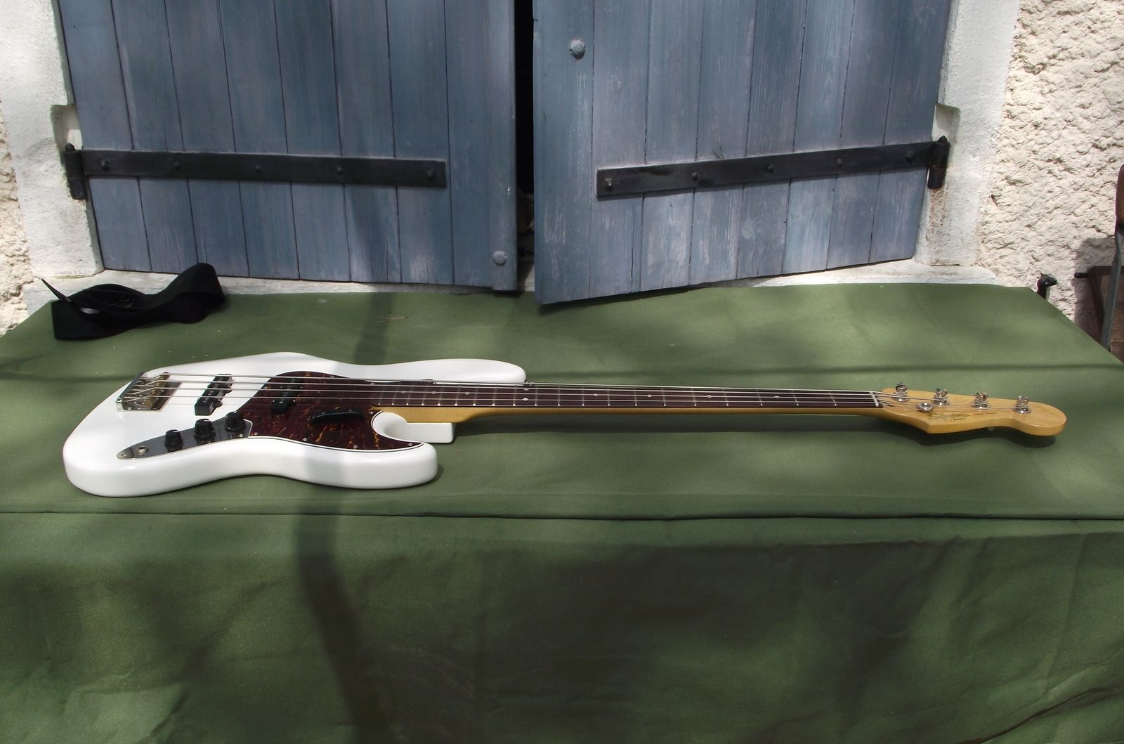 Squier Classic Vibe Bass Squier-classic-vibe-jazz-bass