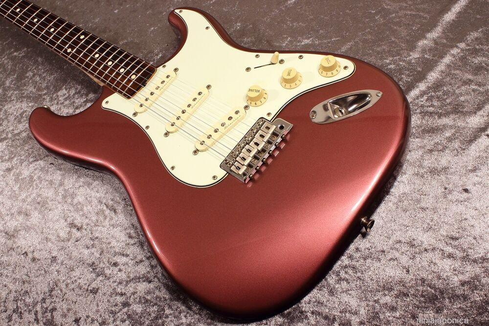 https://medias.audiofanzine.com/images/normal/squier-classic-vibe-stratocaster-60s-2964867.jpg