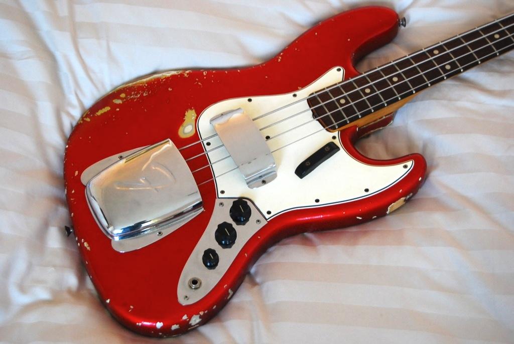 Squier Standard Jazz Bass Alexmusique Images