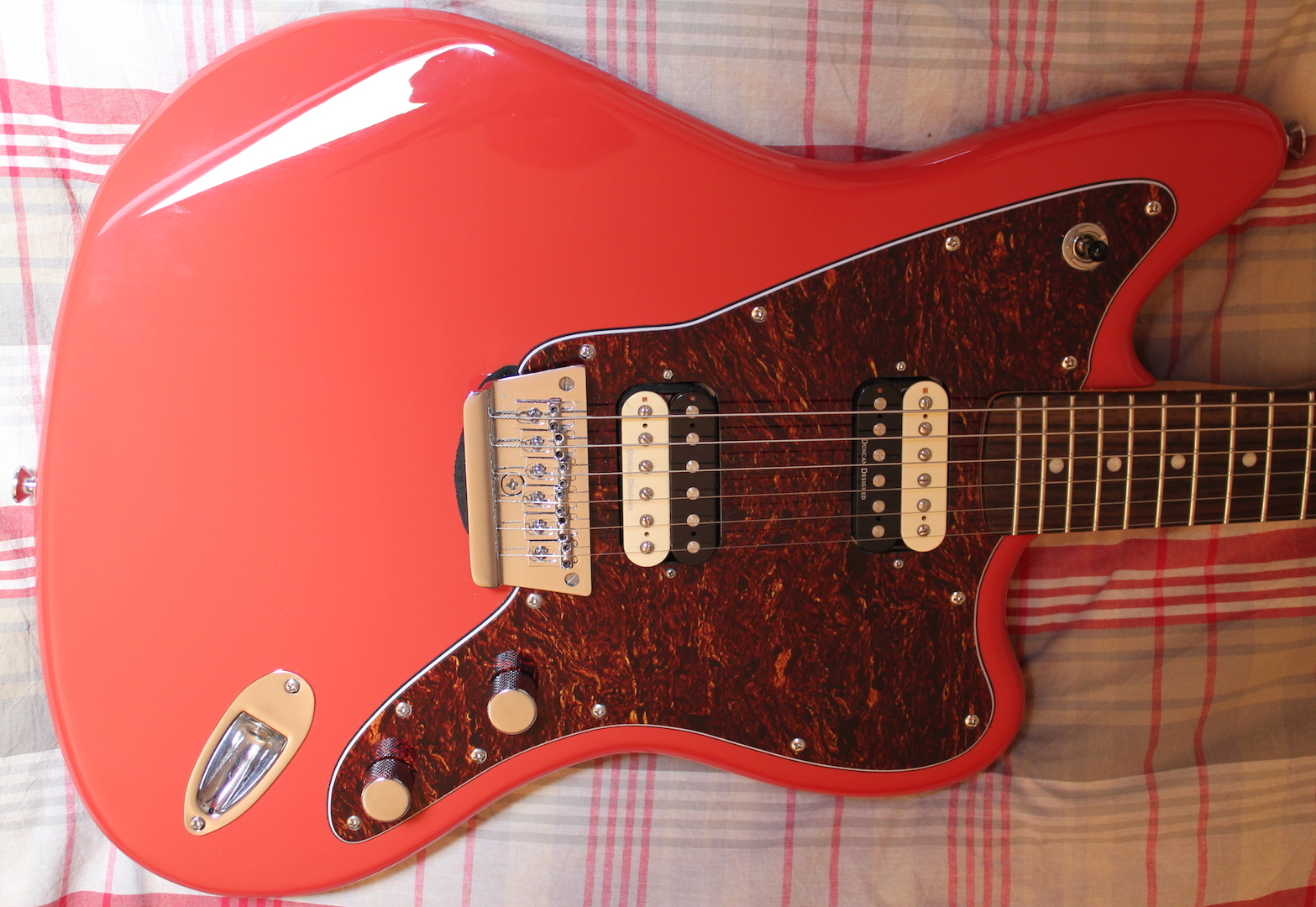 squier vintage modified jaguar hh fiesta red rosewood image 865237. Cars Review. Best American Auto & Cars Review