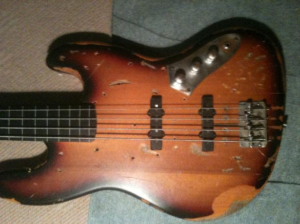 Squier Vintage Modified Jazz Bass - 3-Color Sunburst ...