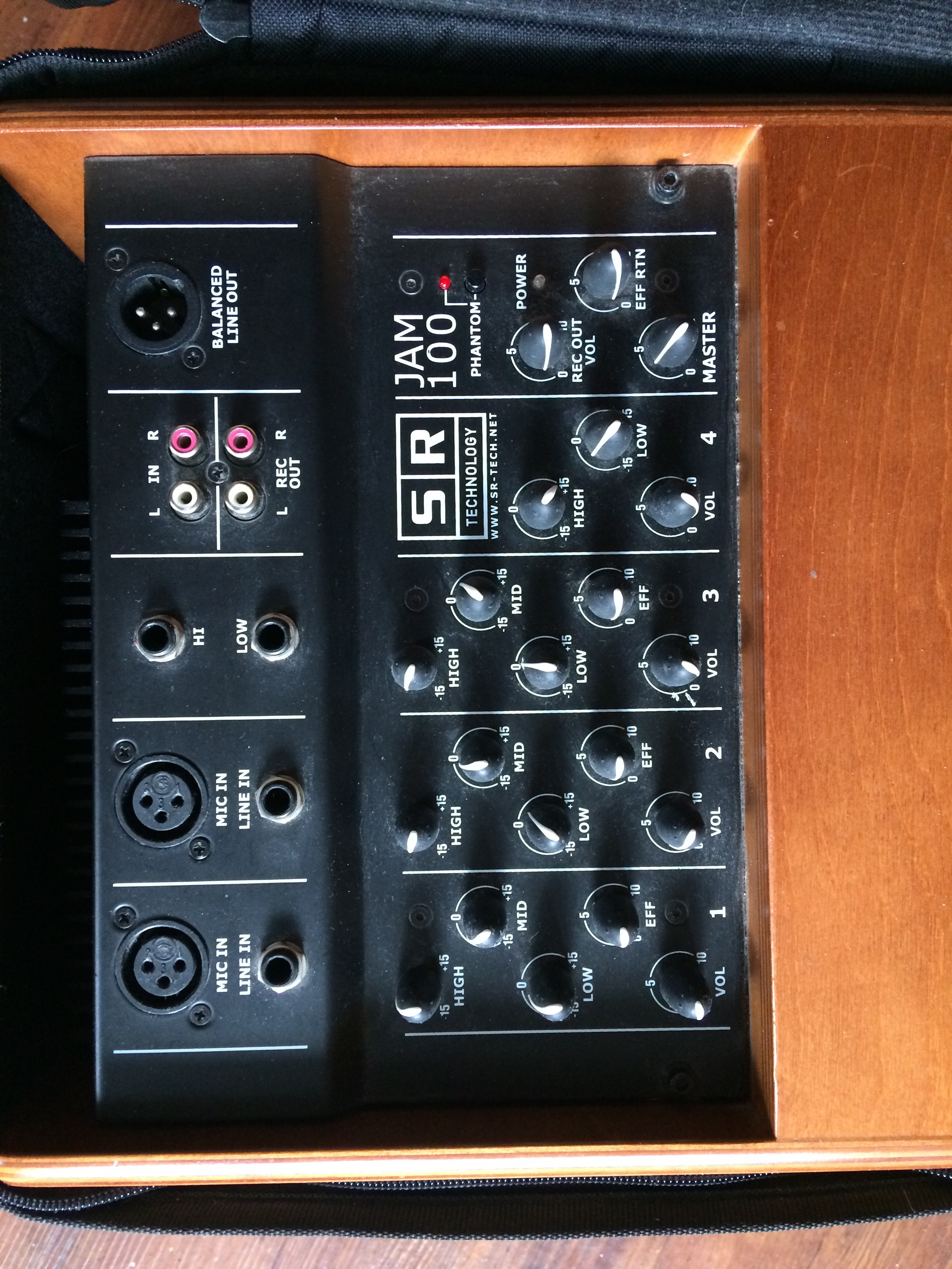 MON-X - SR Technology MON-X - Audiofanzine