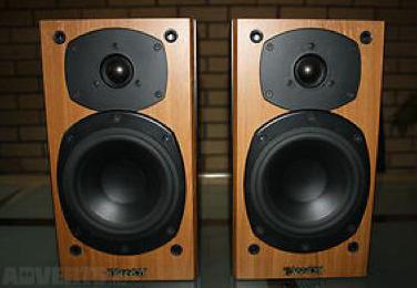 photo tannoy mercury m1 tannoy paire d 39 enceintes tannoy mercury m1 cherry couleur noire. Black Bedroom Furniture Sets. Home Design Ideas
