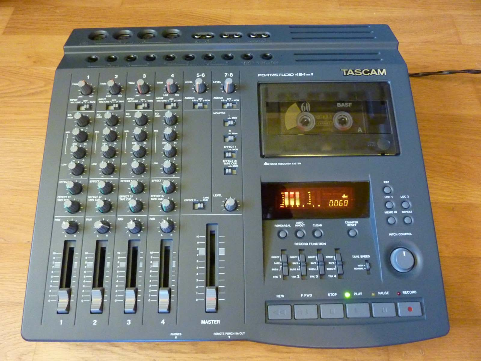 Tascam portastudio 424 mkii owners manual.