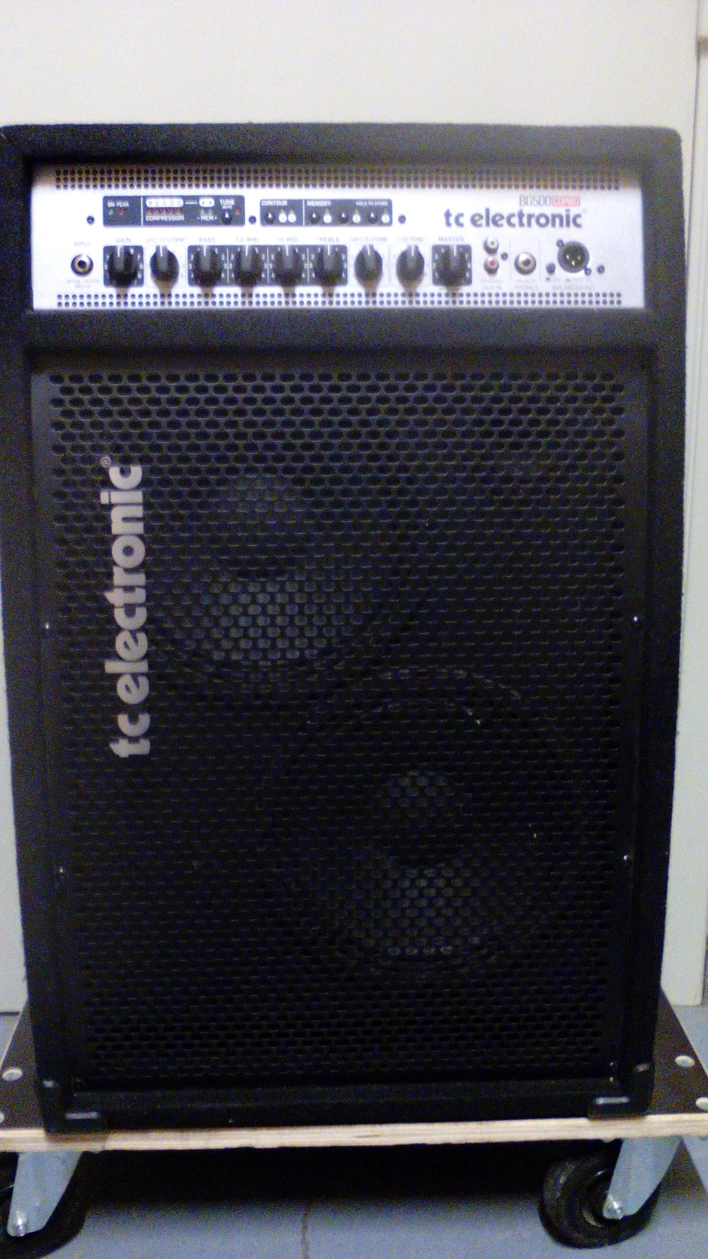 tc electronic bg500 210 image 1775609 audiofanzine. Black Bedroom Furniture Sets. Home Design Ideas