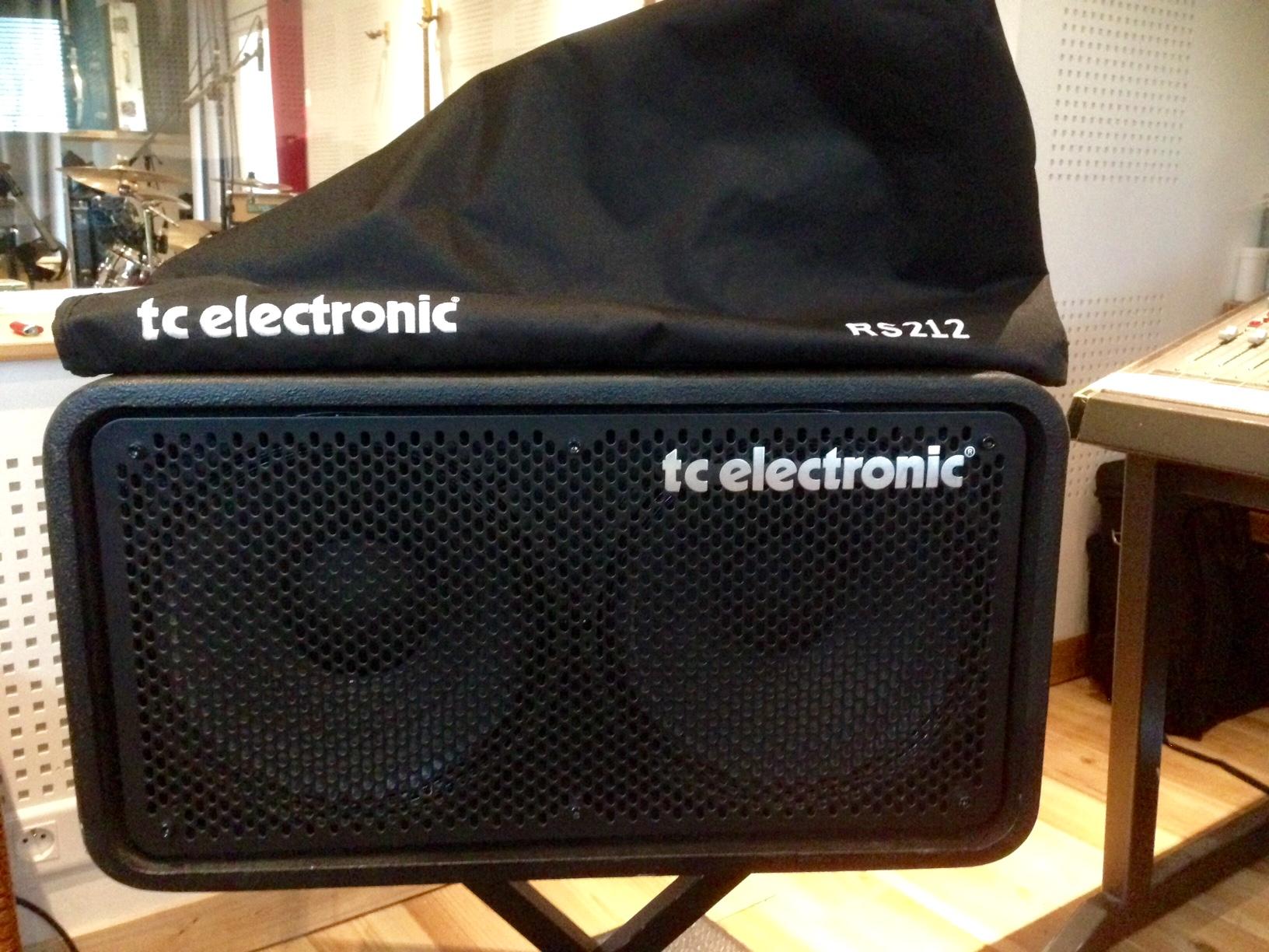 photo tc electronic rs210 tc electronic rs210 1126964 audiofanzine. Black Bedroom Furniture Sets. Home Design Ideas