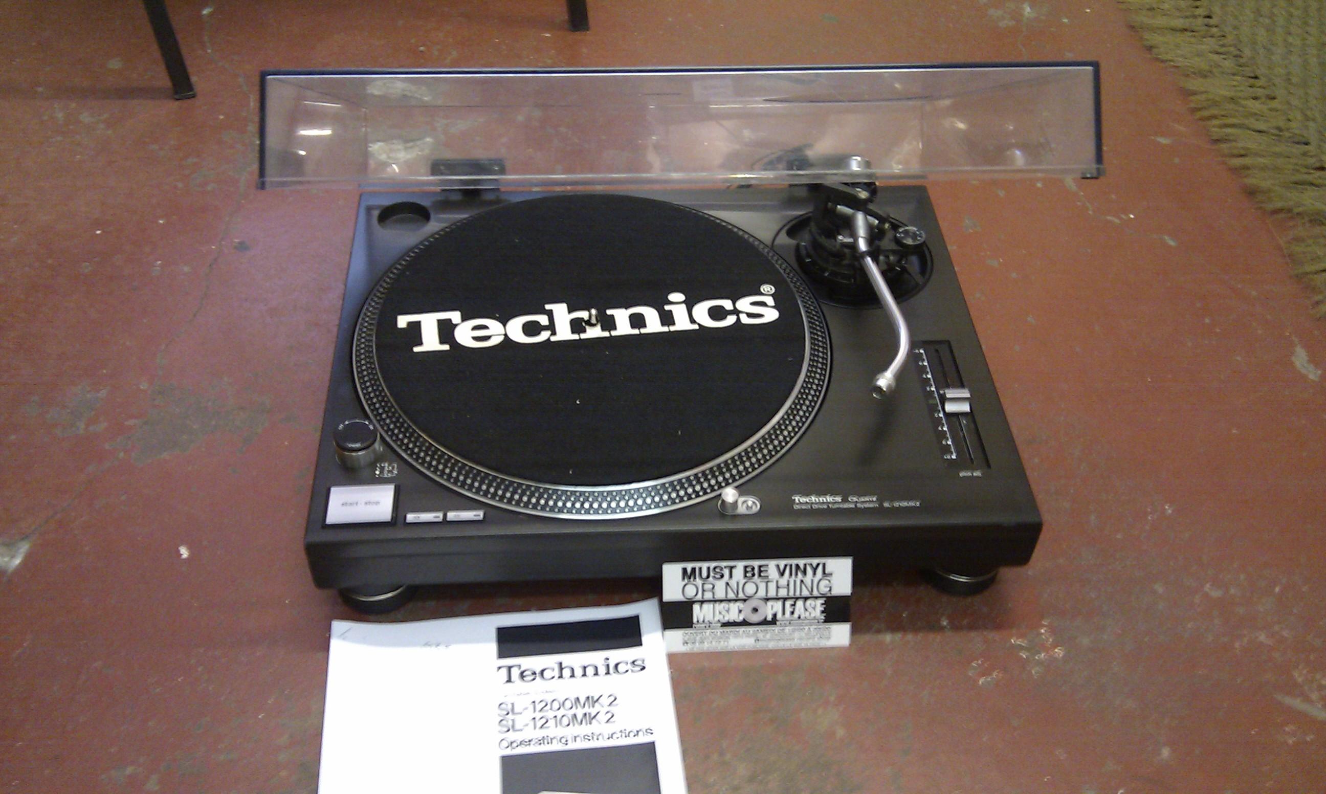 technics sl 1200 mk2 image 375210 audiofanzine. Black Bedroom Furniture Sets. Home Design Ideas