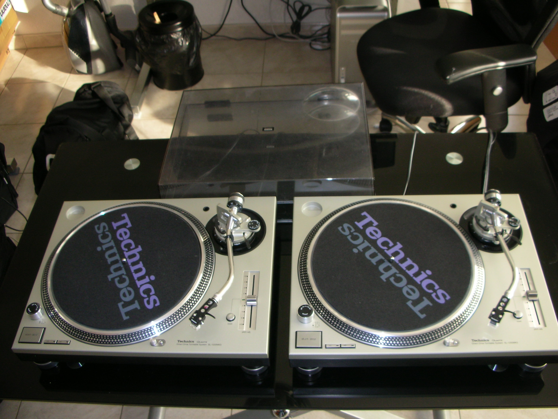 Technics SL 1200 MK5 testing Cybertrance - YouTube