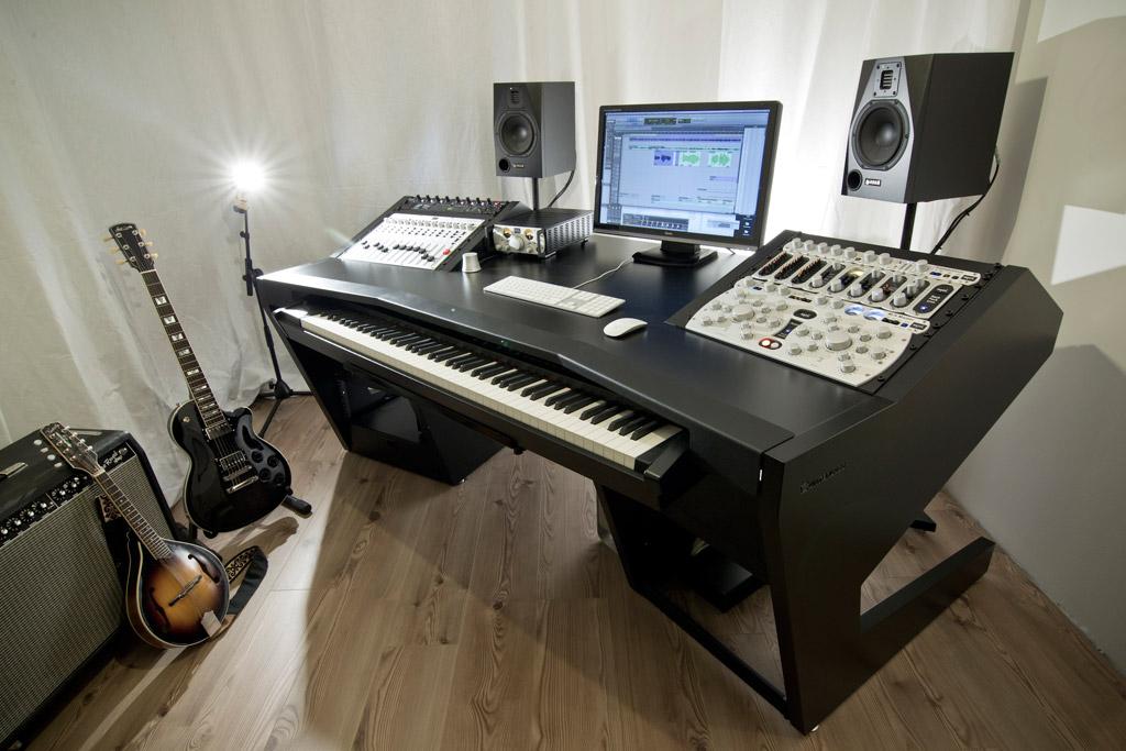 News Bureau Unterlass Duodesk Key 60 Audiofanzine