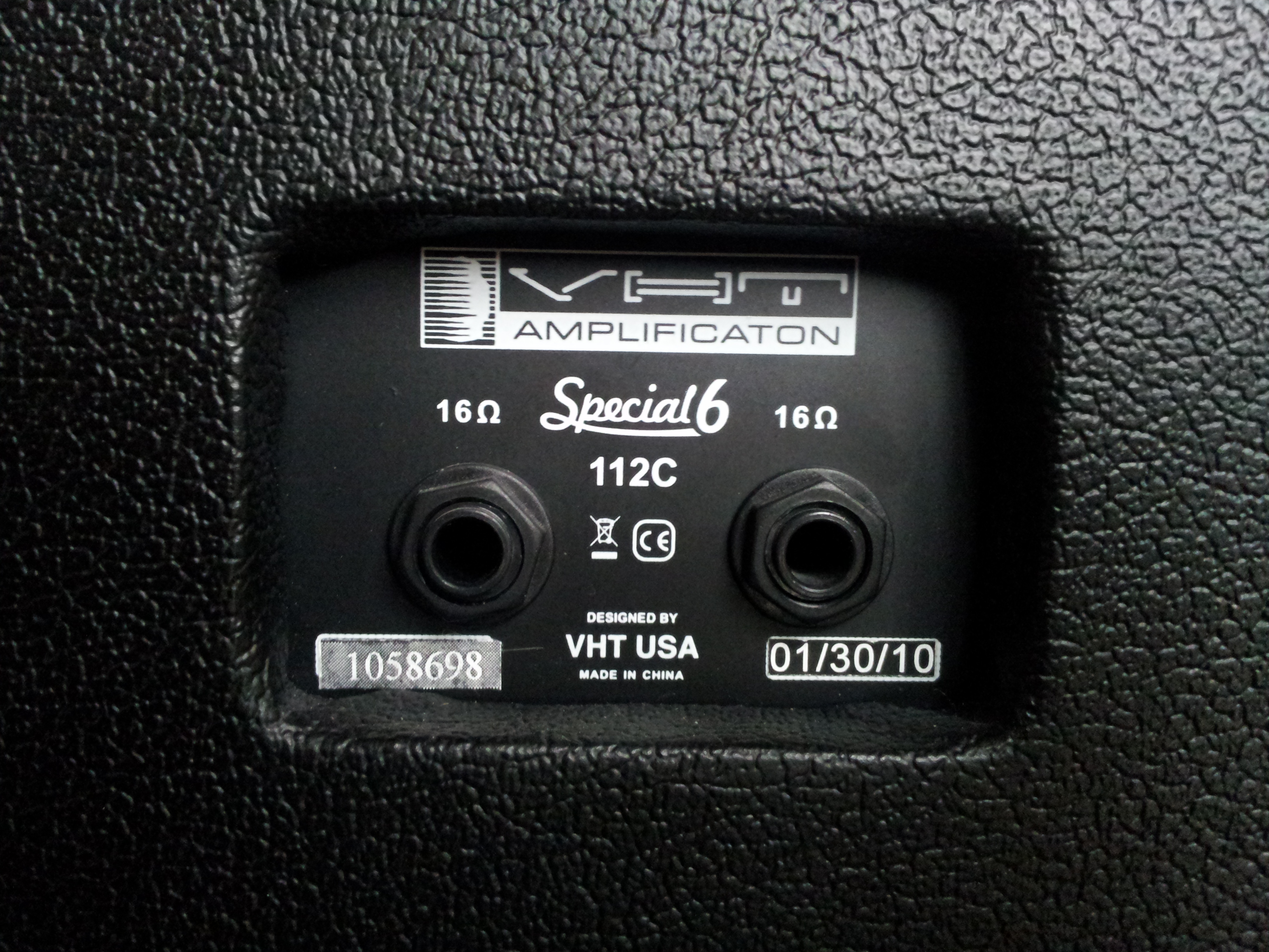 VHT Amplification (AXL) Special 6 Closed-Back Cabinet AV-SP112-VHT ...