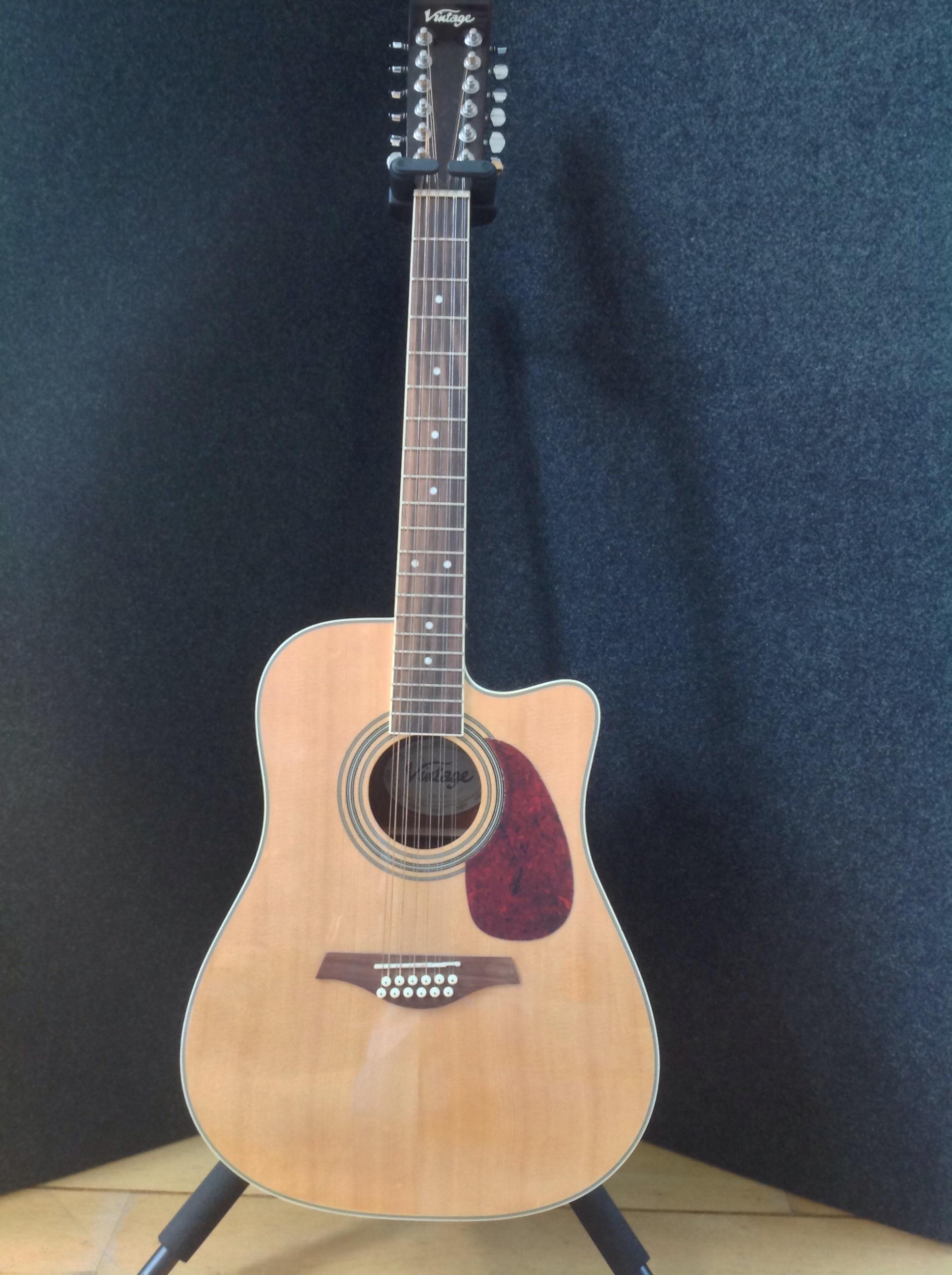 guitare acoustique vintage