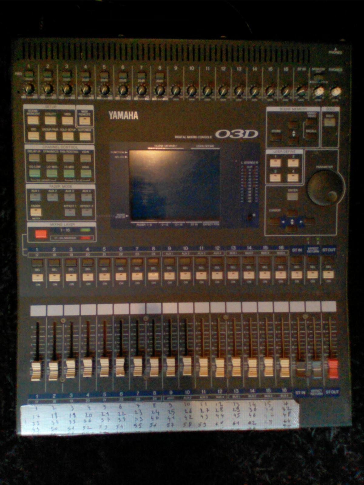 Vend table de mixage numerique yamaha 03d carte adat - Table de mixage numerique yamaha ...
