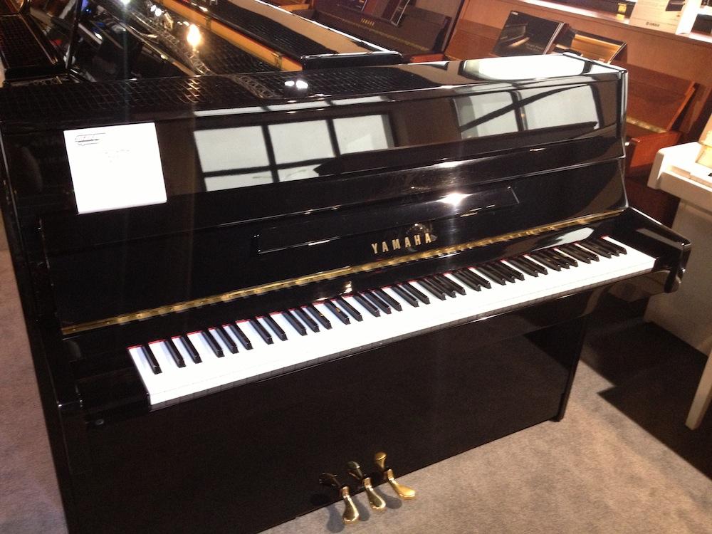 Yamaha c110a modern image 466825 audiofanzine for Yamaha piano los angeles
