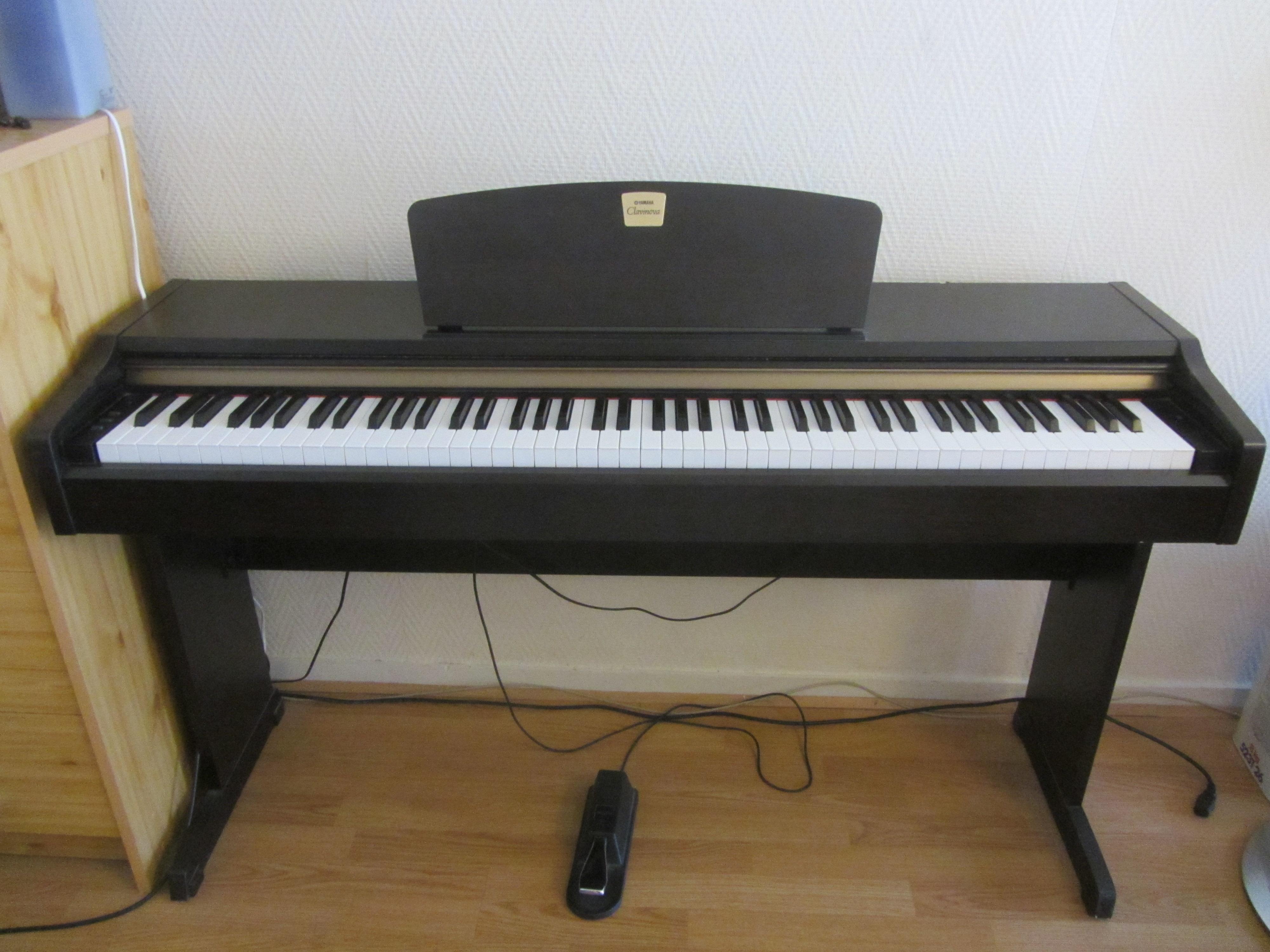 Clp 110 yamaha clp 110 audiofanzine for Yamaha clavinova clp 110