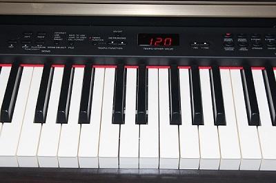 Clp 340 yamaha clp 340 audiofanzine for Yamaha clavinova clp 110