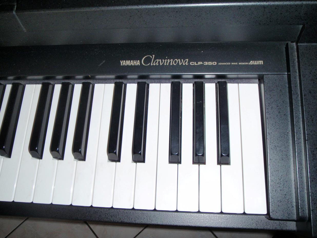 Yamaha clp 350 image 94897 audiofanzine for Yamaha clavinova clp 350