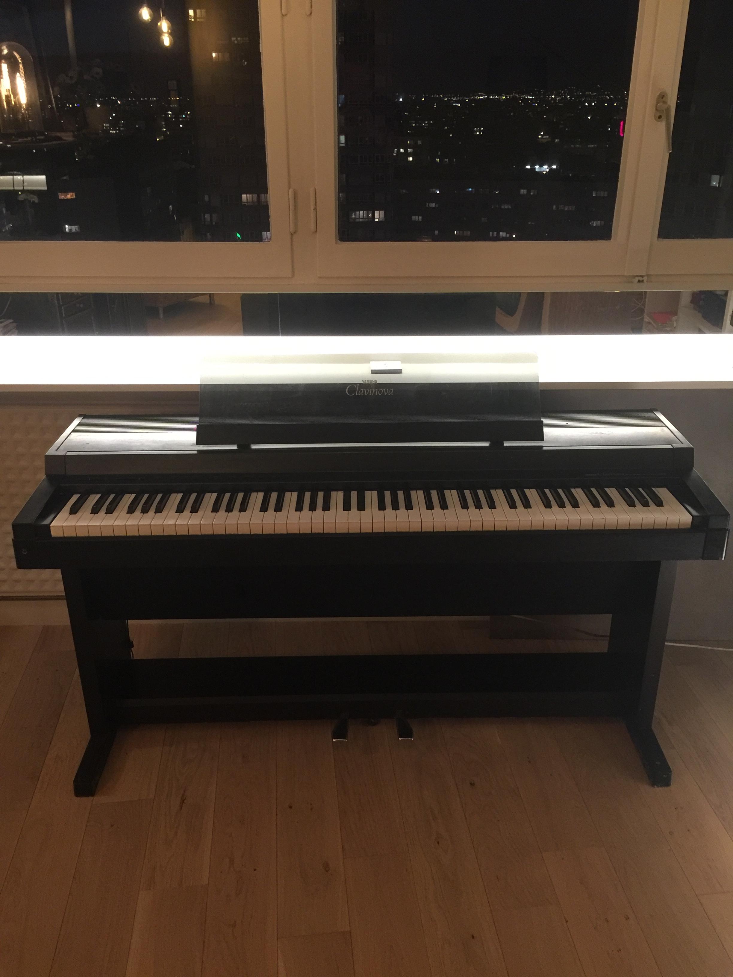 Clp 500 yamaha clp 500 audiofanzine for Yamaha clavinova clp 500
