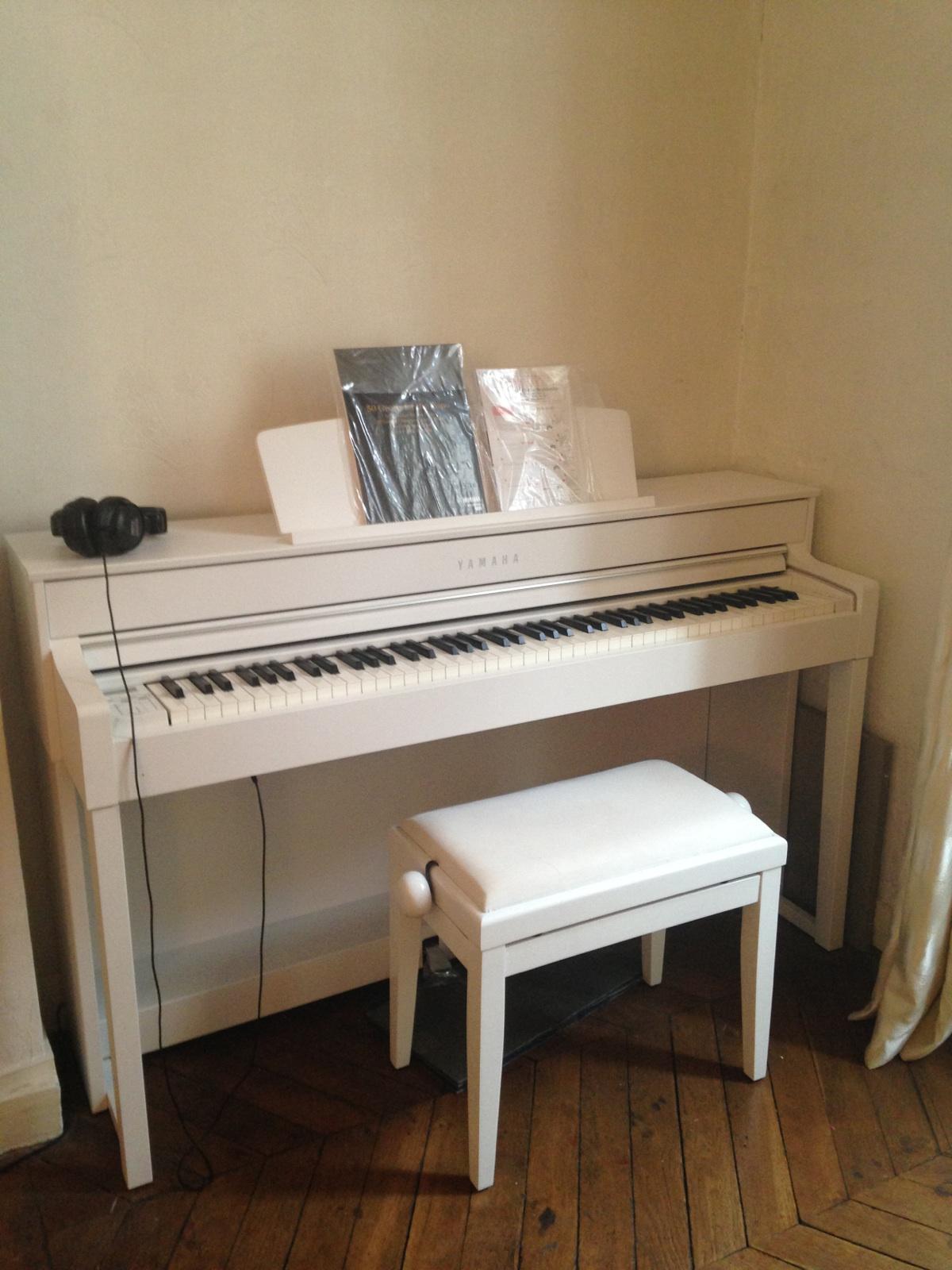 yamaha clp 545 image 933715 audiofanzine. Black Bedroom Furniture Sets. Home Design Ideas