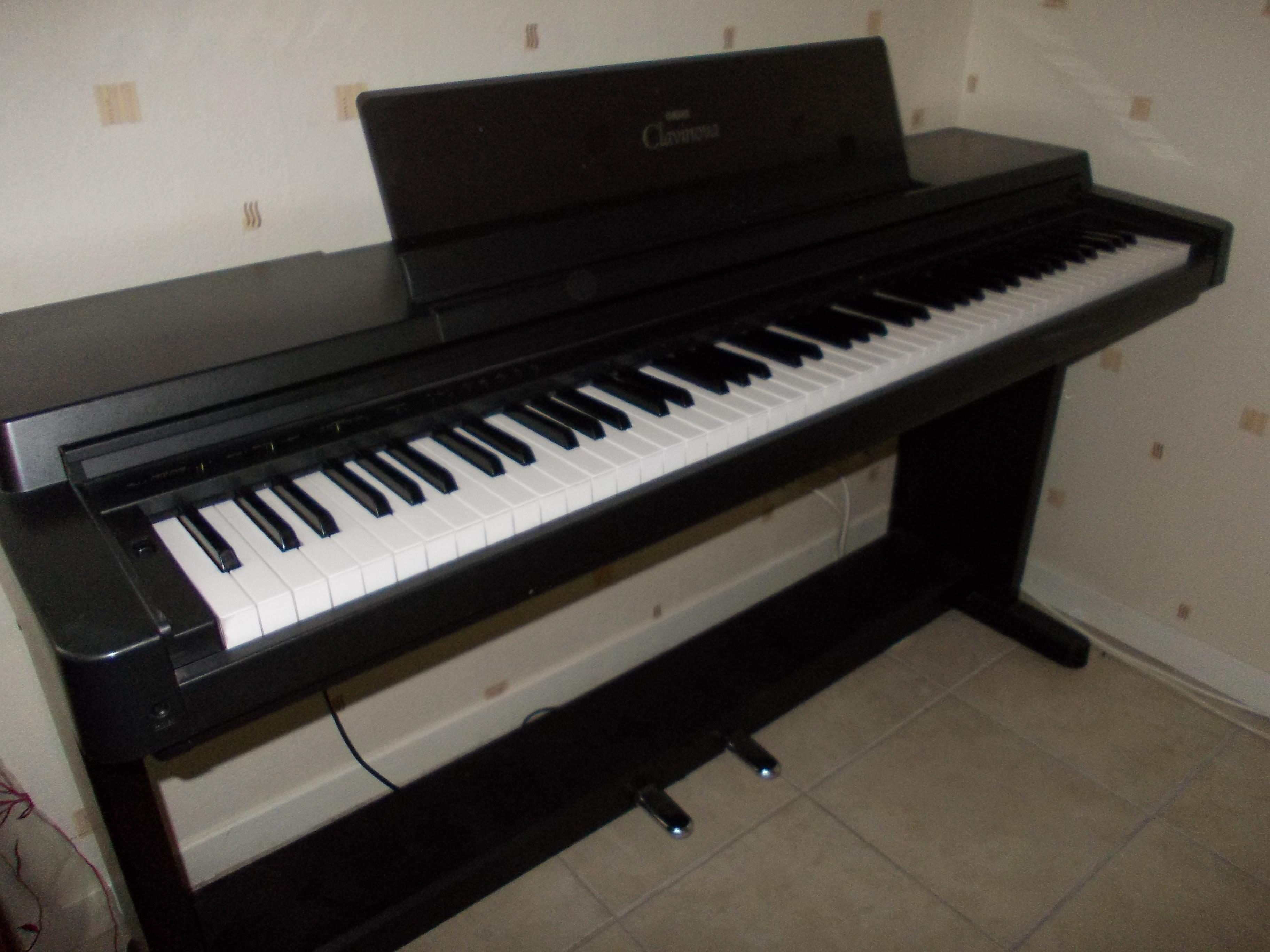 Photo yamaha clp 550 yamaha clavinova clp 550 462596 for Yamaha clavinova clp 350