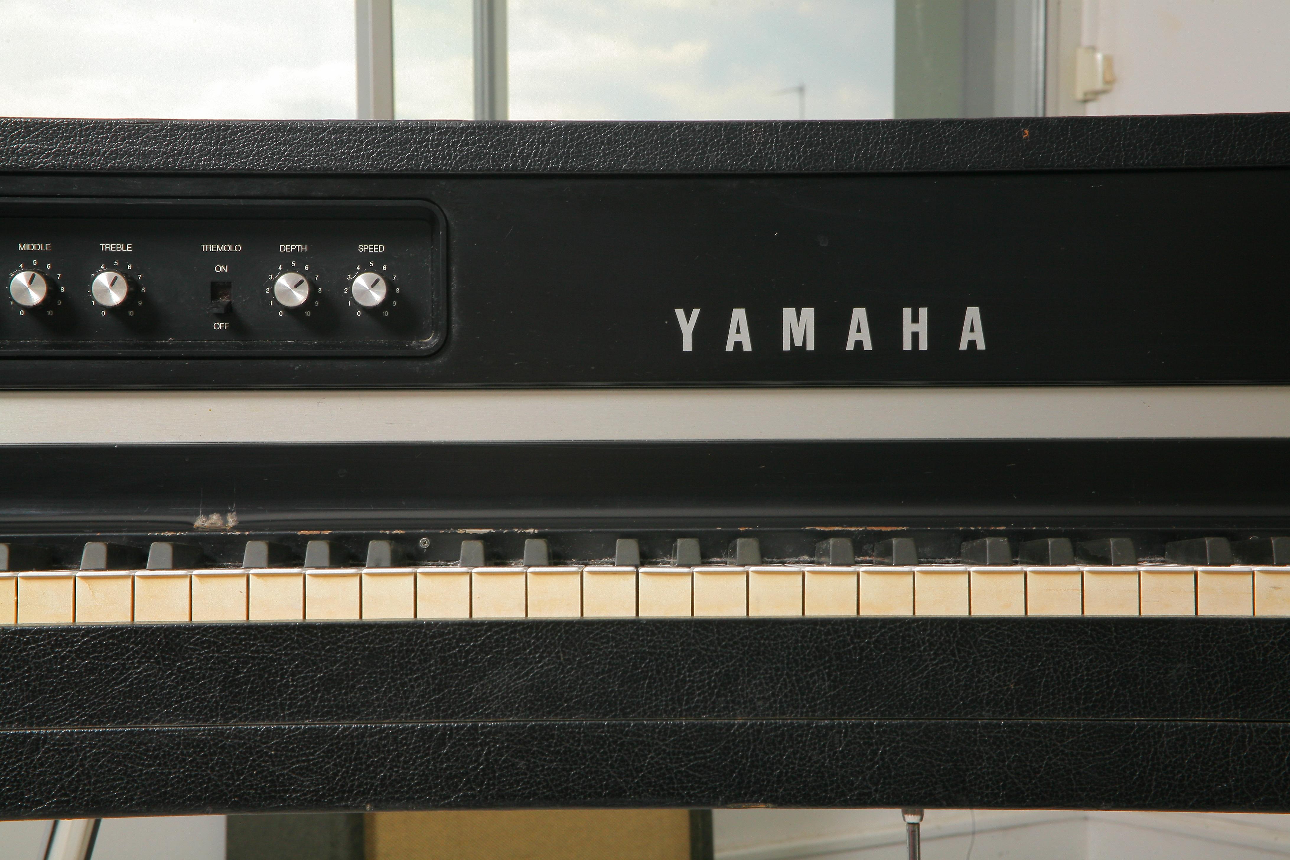 Photo yamaha cp 70 yamaha cp 70 87651 352912 for Yamaha m1 piano