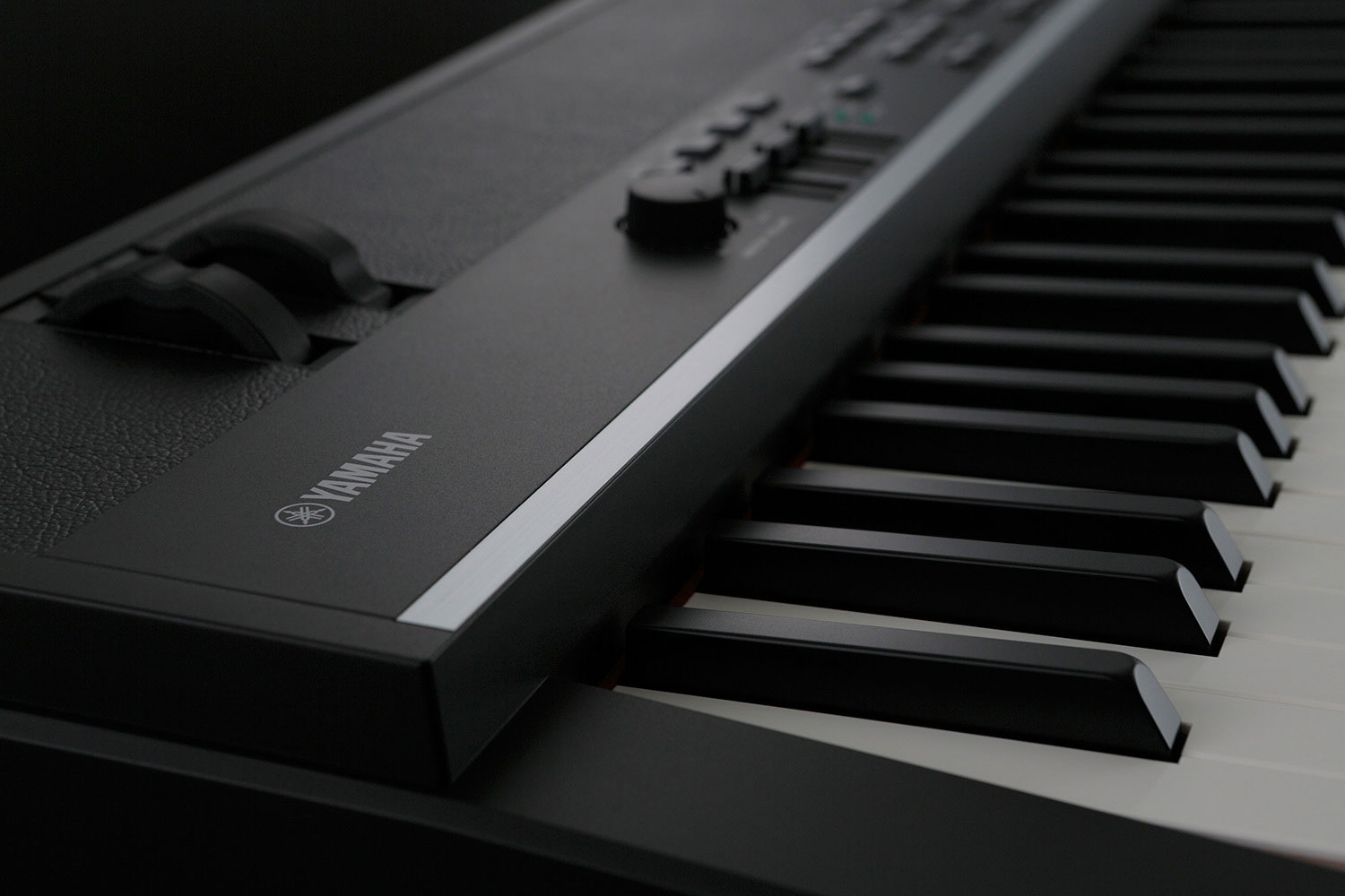 Yamaha cp4 stage image cp4 stage close2 679838 for Yamaha cp4 weight