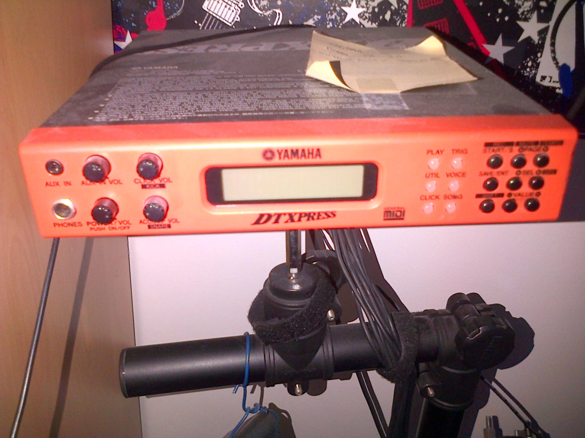 Yamaha dtxpress iii image 579399 audiofanzine for Yamaha dtxpress review