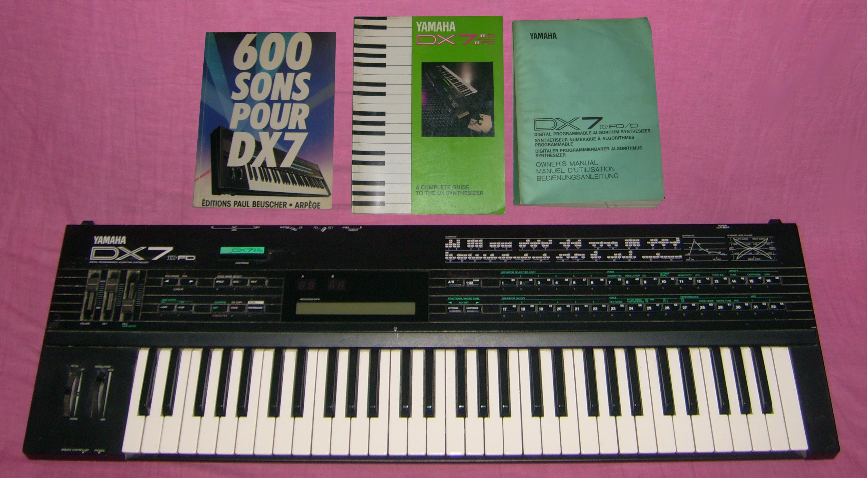yamaha dx7 iifd image 338667 audiofanzine rh en audiofanzine com Yamaha DX7 Sounds Yamaha DX7 Sounds