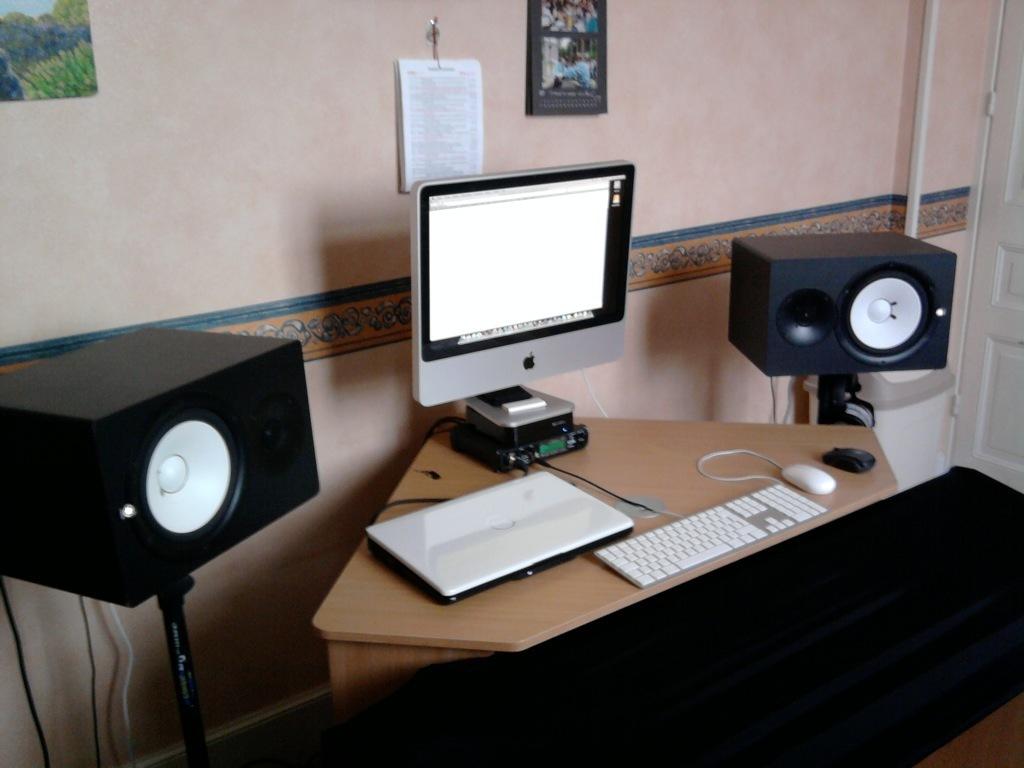 yamaha hs80m image 107117 audiofanzine. Black Bedroom Furniture Sets. Home Design Ideas