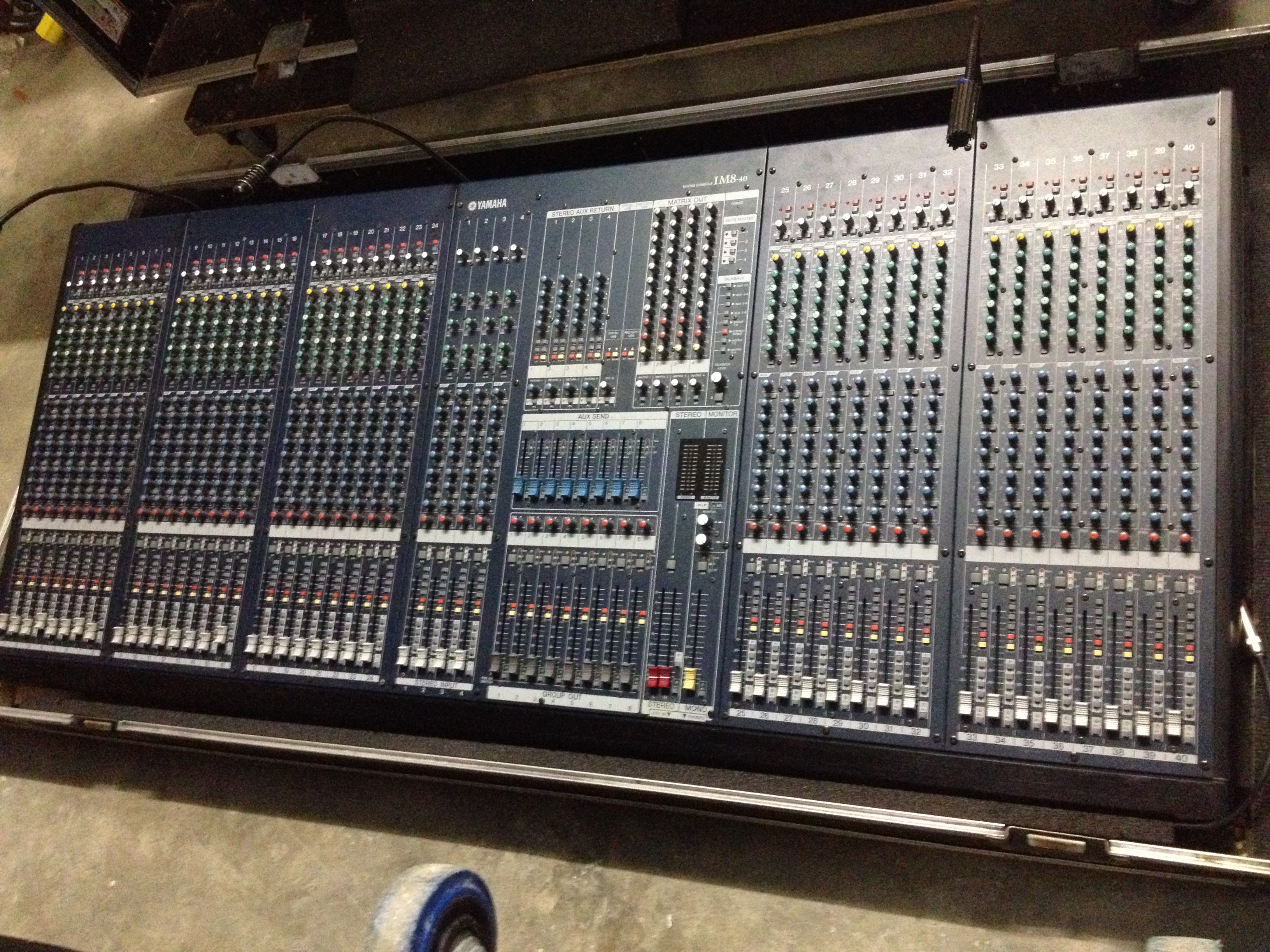 table de mixage 40 voies