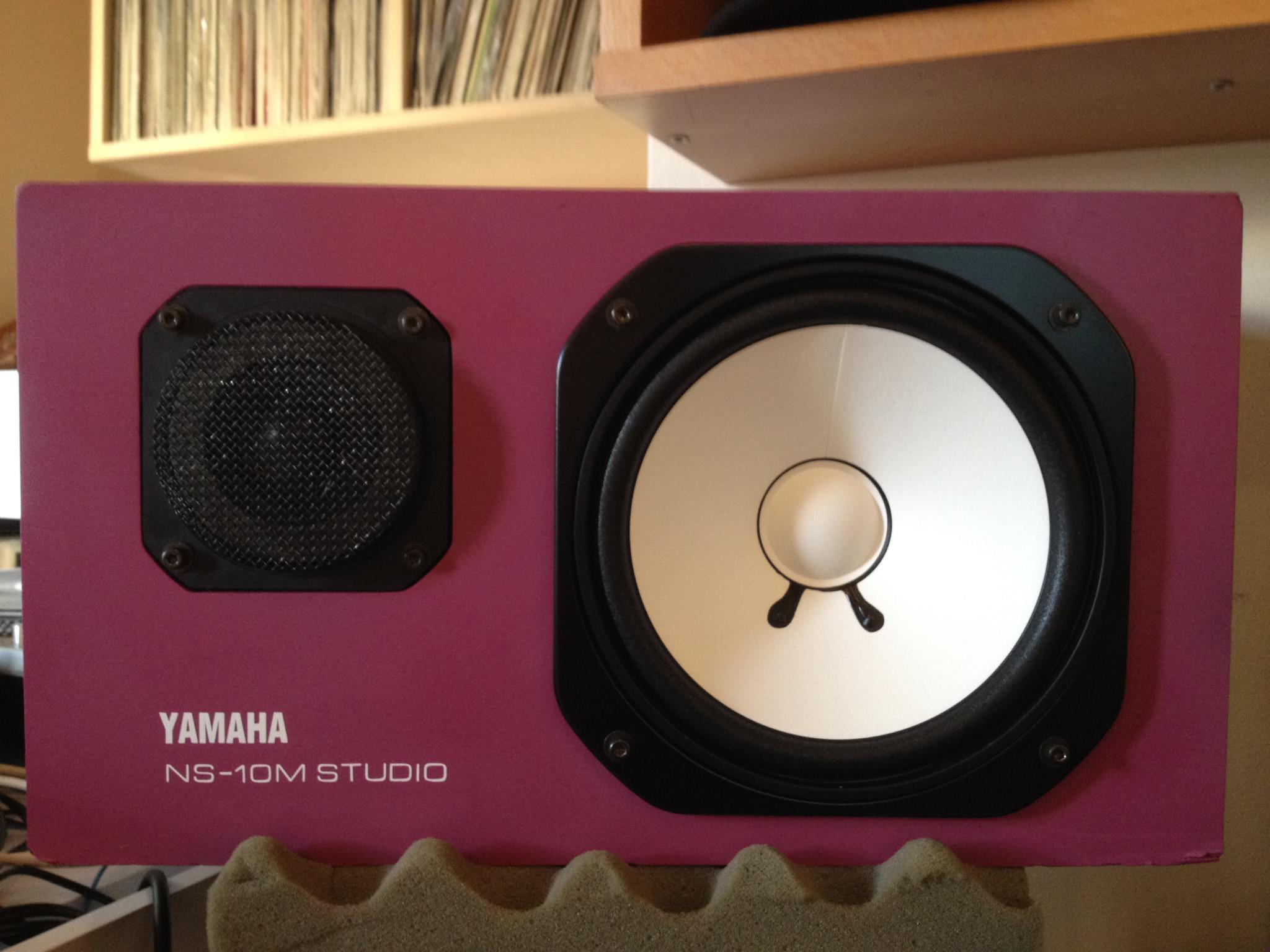 yamaha ns 10m studio image 2051381 audiofanzine. Black Bedroom Furniture Sets. Home Design Ideas